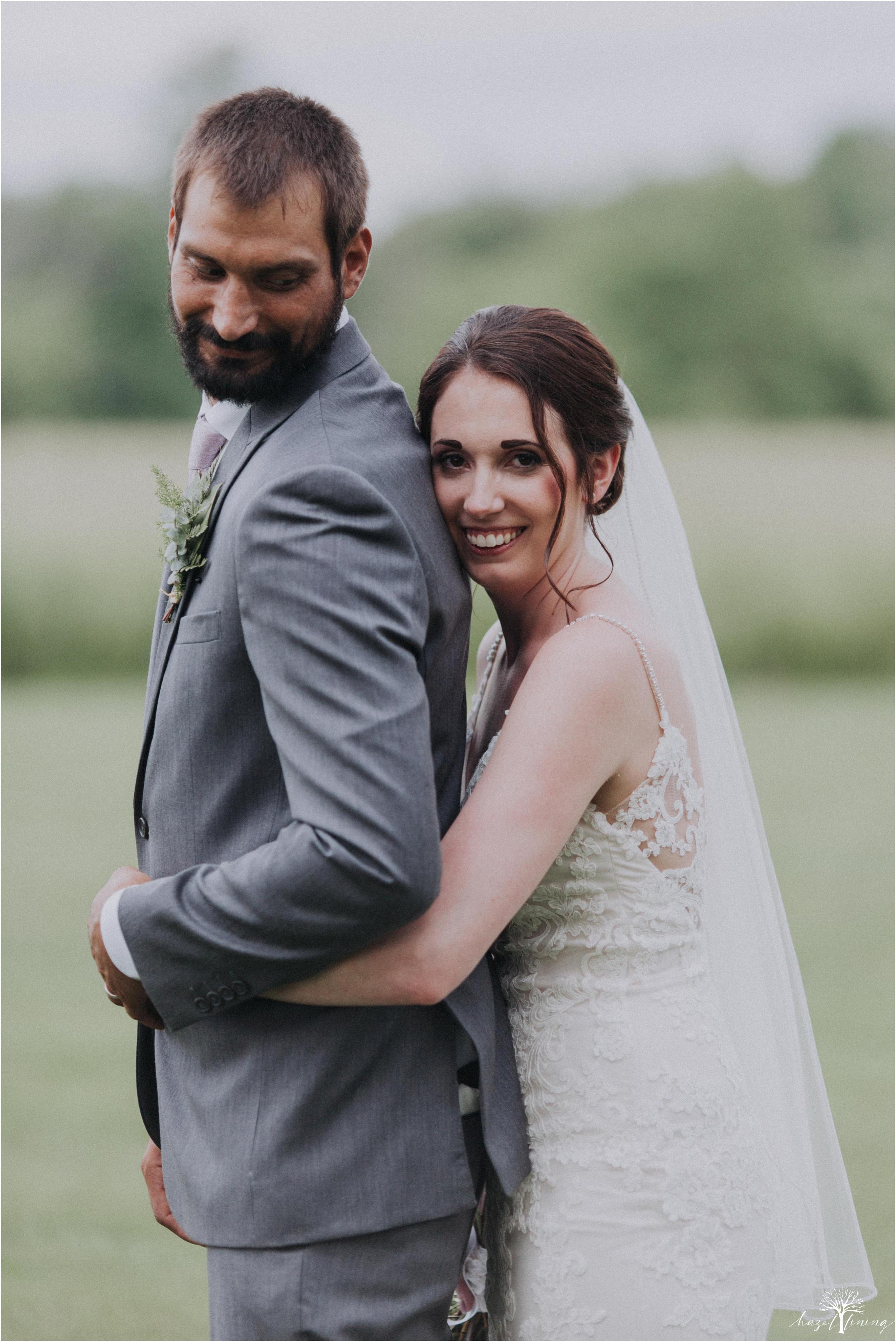 hazel-lining-travel-wedding-elopement-photography-lisa-landon-shoemaker-the-farm-bakery-and-events-bucks-county-quakertown-pennsylvania-summer-country-outdoor-farm-wedding_0089.jpg