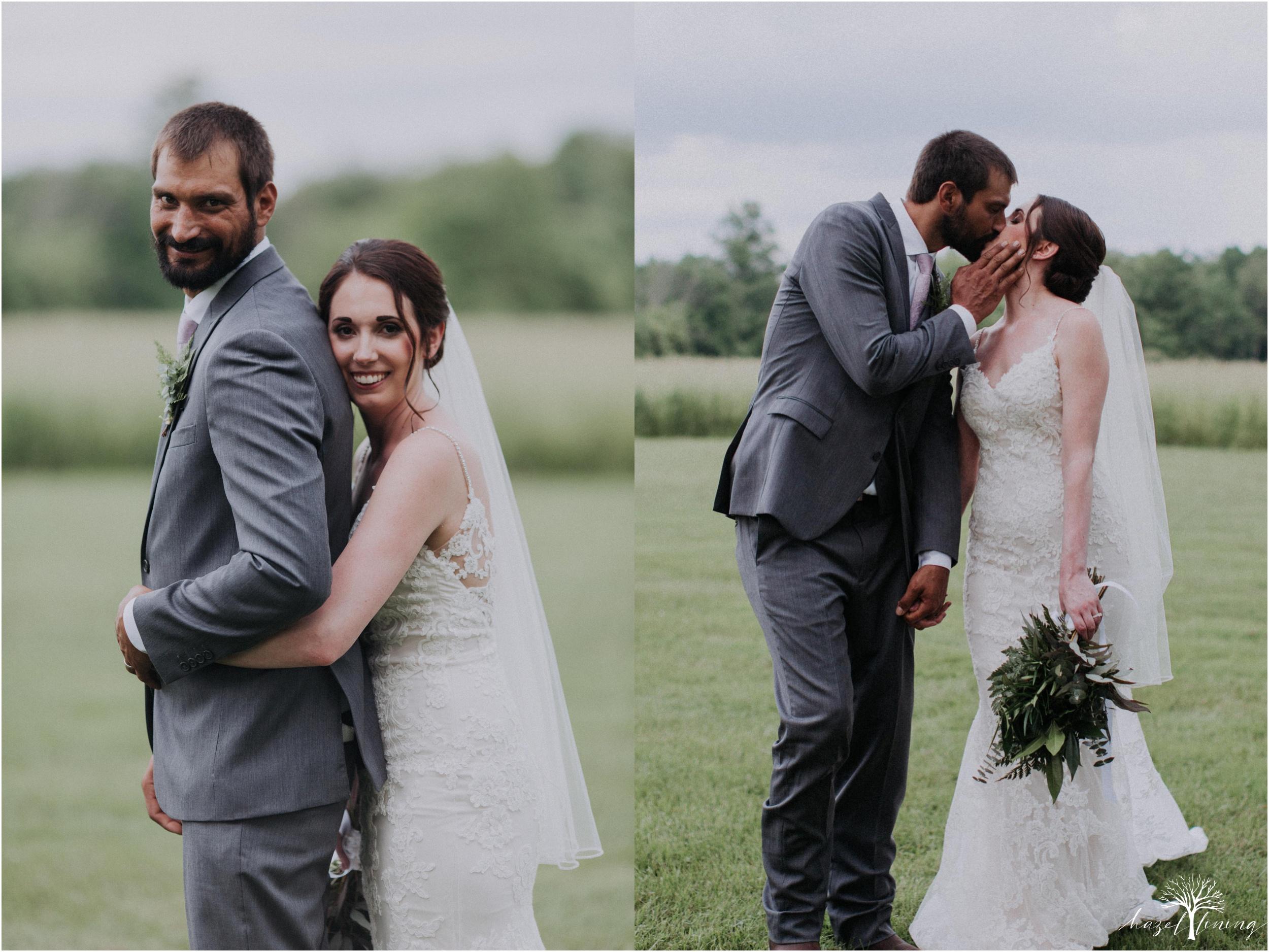 hazel-lining-travel-wedding-elopement-photography-lisa-landon-shoemaker-the-farm-bakery-and-events-bucks-county-quakertown-pennsylvania-summer-country-outdoor-farm-wedding_0091.jpg