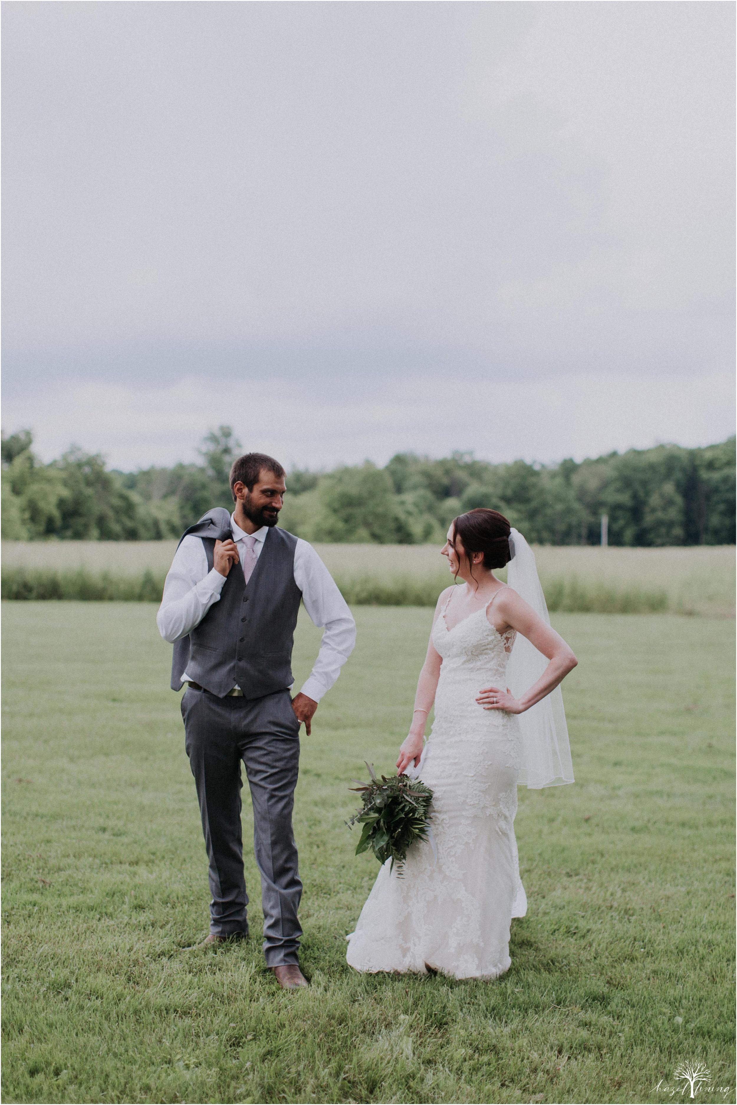 hazel-lining-travel-wedding-elopement-photography-lisa-landon-shoemaker-the-farm-bakery-and-events-bucks-county-quakertown-pennsylvania-summer-country-outdoor-farm-wedding_0097.jpg