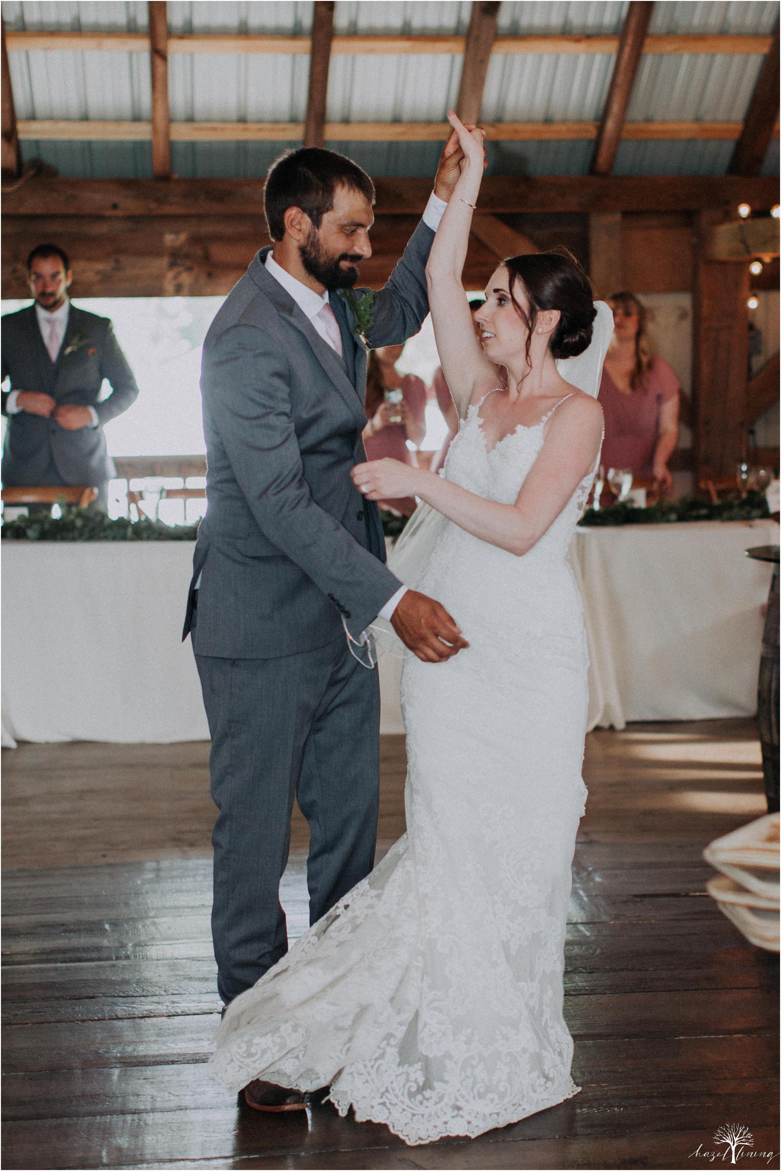 hazel-lining-travel-wedding-elopement-photography-lisa-landon-shoemaker-the-farm-bakery-and-events-bucks-county-quakertown-pennsylvania-summer-country-outdoor-farm-wedding_0114.jpg