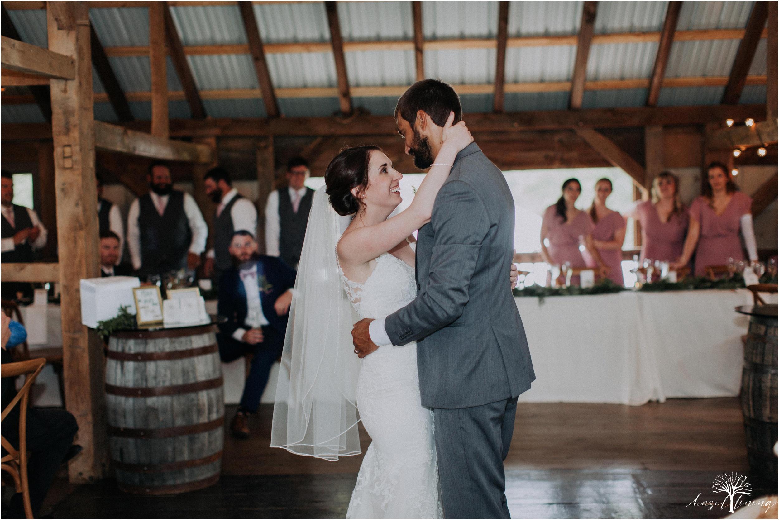 hazel-lining-travel-wedding-elopement-photography-lisa-landon-shoemaker-the-farm-bakery-and-events-bucks-county-quakertown-pennsylvania-summer-country-outdoor-farm-wedding_0117.jpg