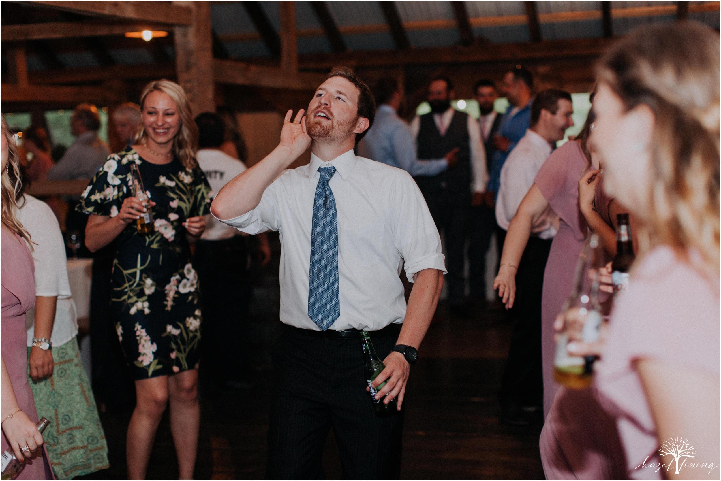 hazel-lining-travel-wedding-elopement-photography-lisa-landon-shoemaker-the-farm-bakery-and-events-bucks-county-quakertown-pennsylvania-summer-country-outdoor-farm-wedding_0149.jpg