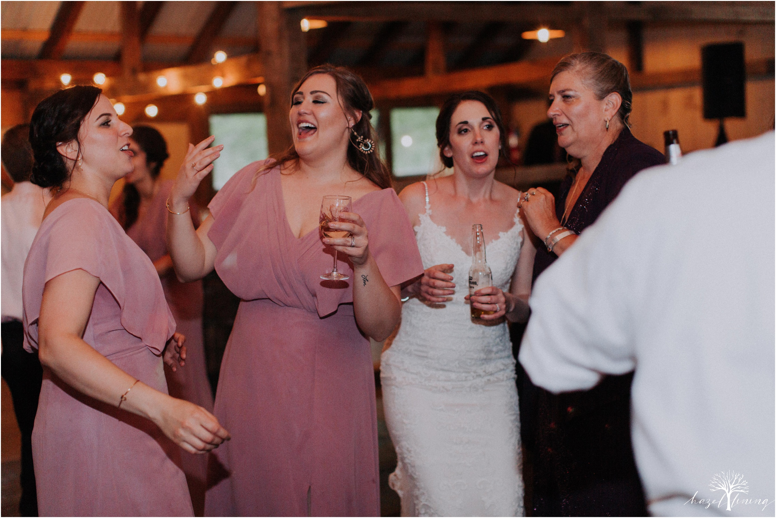 hazel-lining-travel-wedding-elopement-photography-lisa-landon-shoemaker-the-farm-bakery-and-events-bucks-county-quakertown-pennsylvania-summer-country-outdoor-farm-wedding_0152.jpg