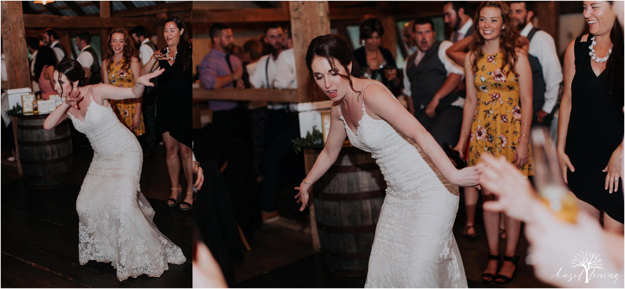 hazel-lining-travel-wedding-elopement-photography-lisa-landon-shoemaker-the-farm-bakery-and-events-bucks-county-quakertown-pennsylvania-summer-country-outdoor-farm-wedding_0157.jpg