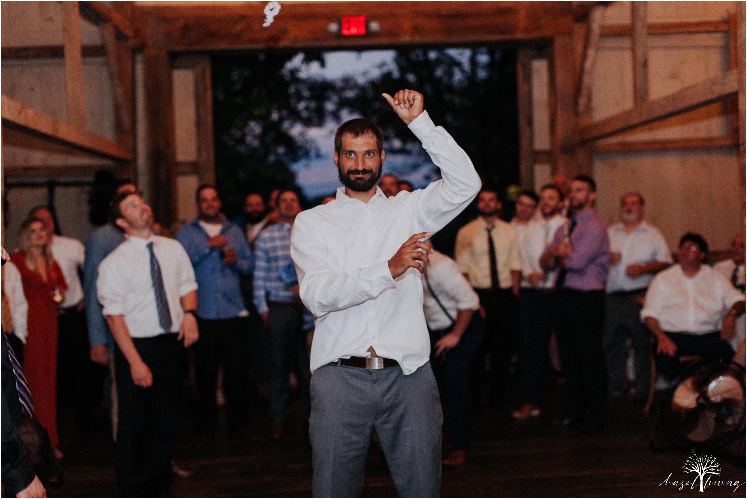 hazel-lining-travel-wedding-elopement-photography-lisa-landon-shoemaker-the-farm-bakery-and-events-bucks-county-quakertown-pennsylvania-summer-country-outdoor-farm-wedding_0169.jpg