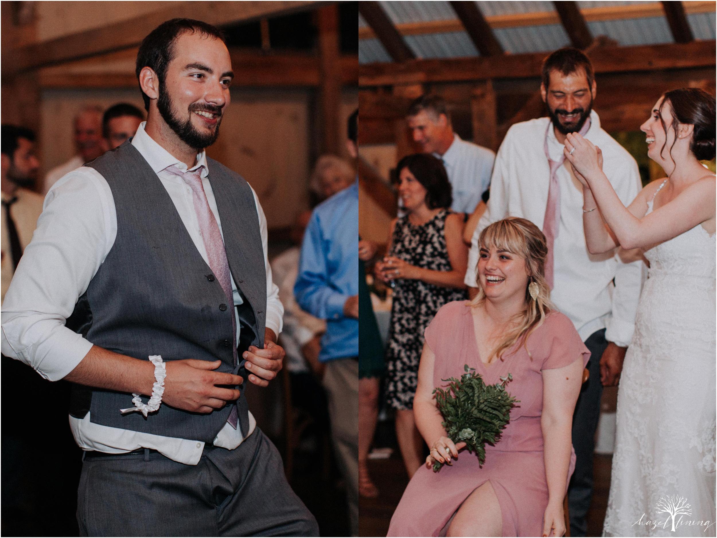 hazel-lining-travel-wedding-elopement-photography-lisa-landon-shoemaker-the-farm-bakery-and-events-bucks-county-quakertown-pennsylvania-summer-country-outdoor-farm-wedding_0170.jpg