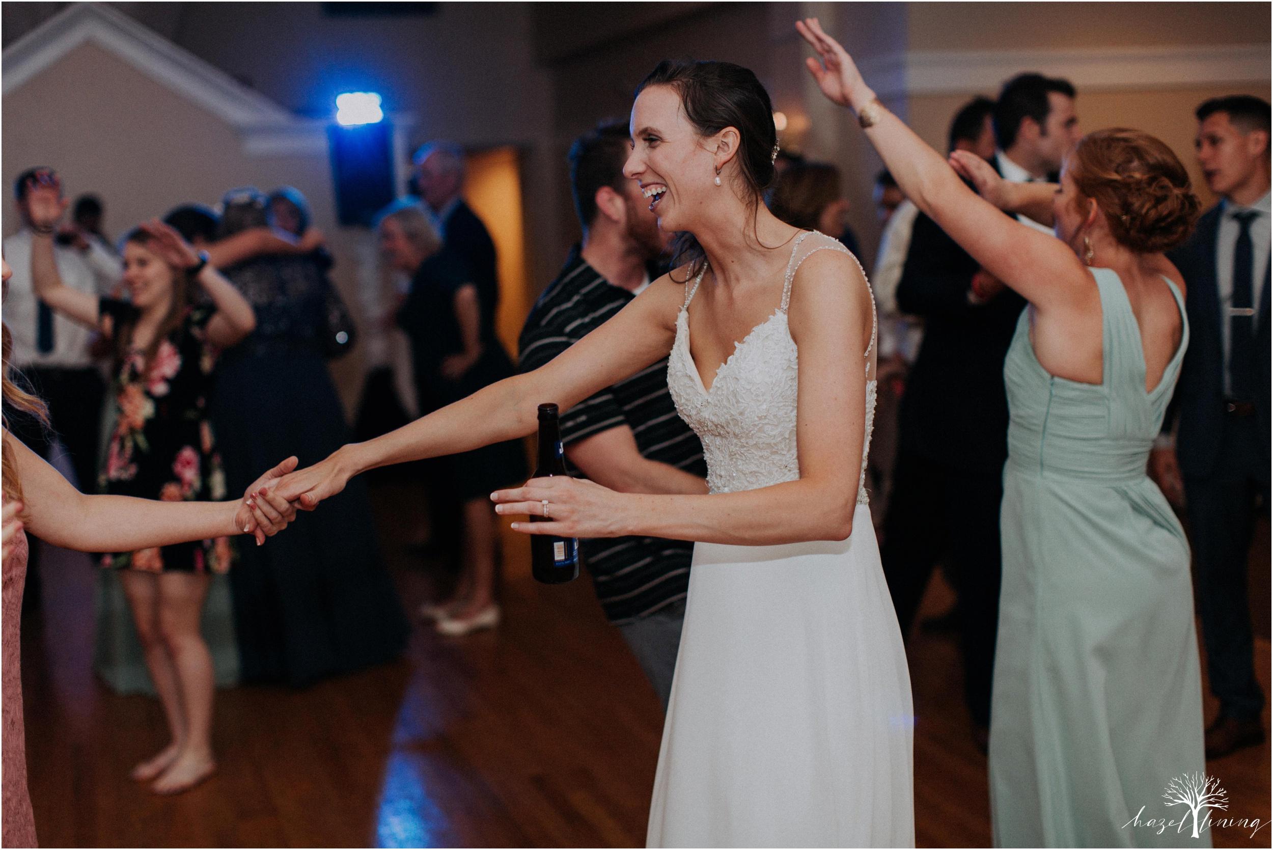 hazel-lining-travel-wedding-elopement-photography_0161.jpg
