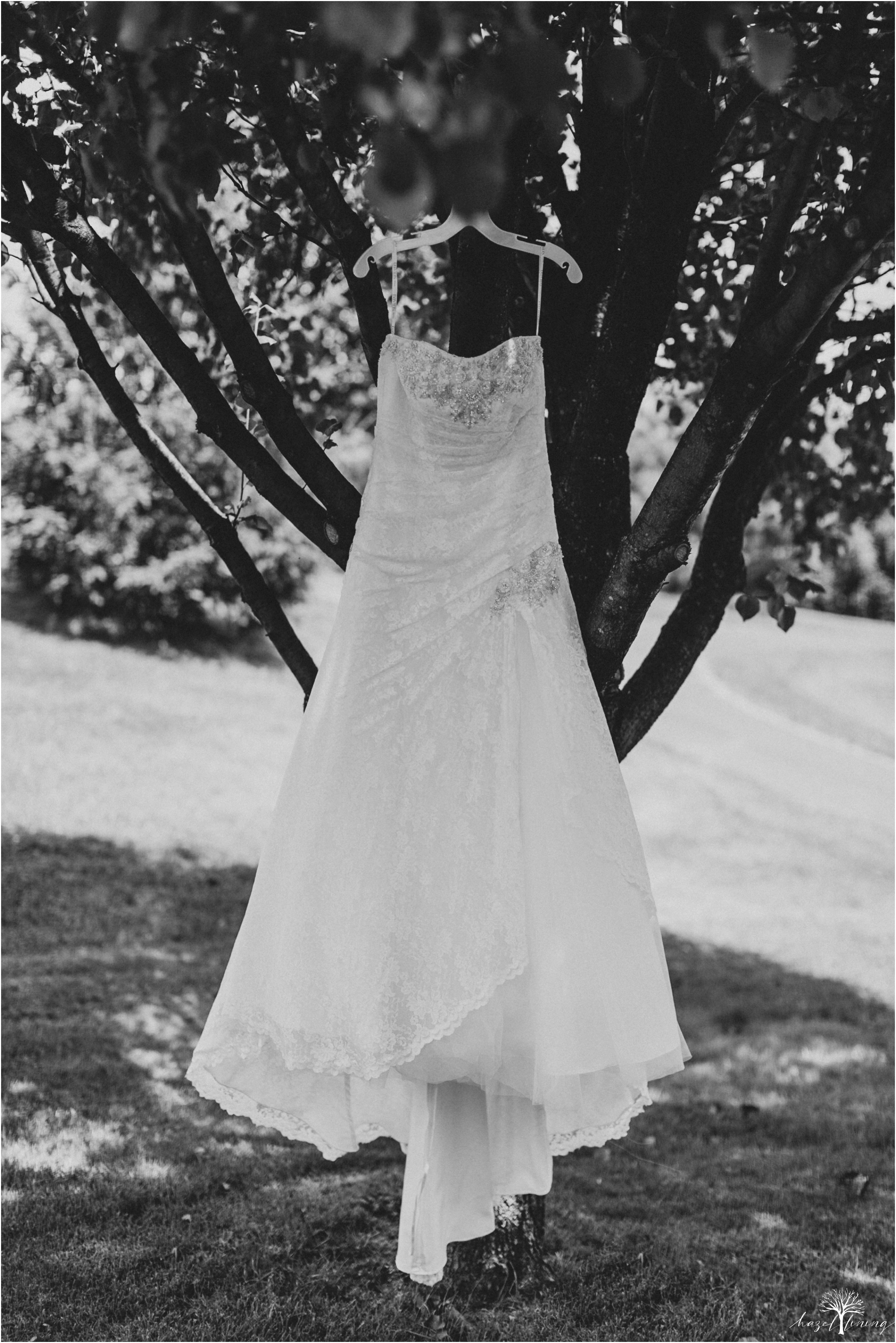 alyssa-james-stiteler-wedding-loft-and-sweet-water-cc-pennsburg-pennsylvania-hazel-lining-travel-wedding-elopement-photography_0013.jpg