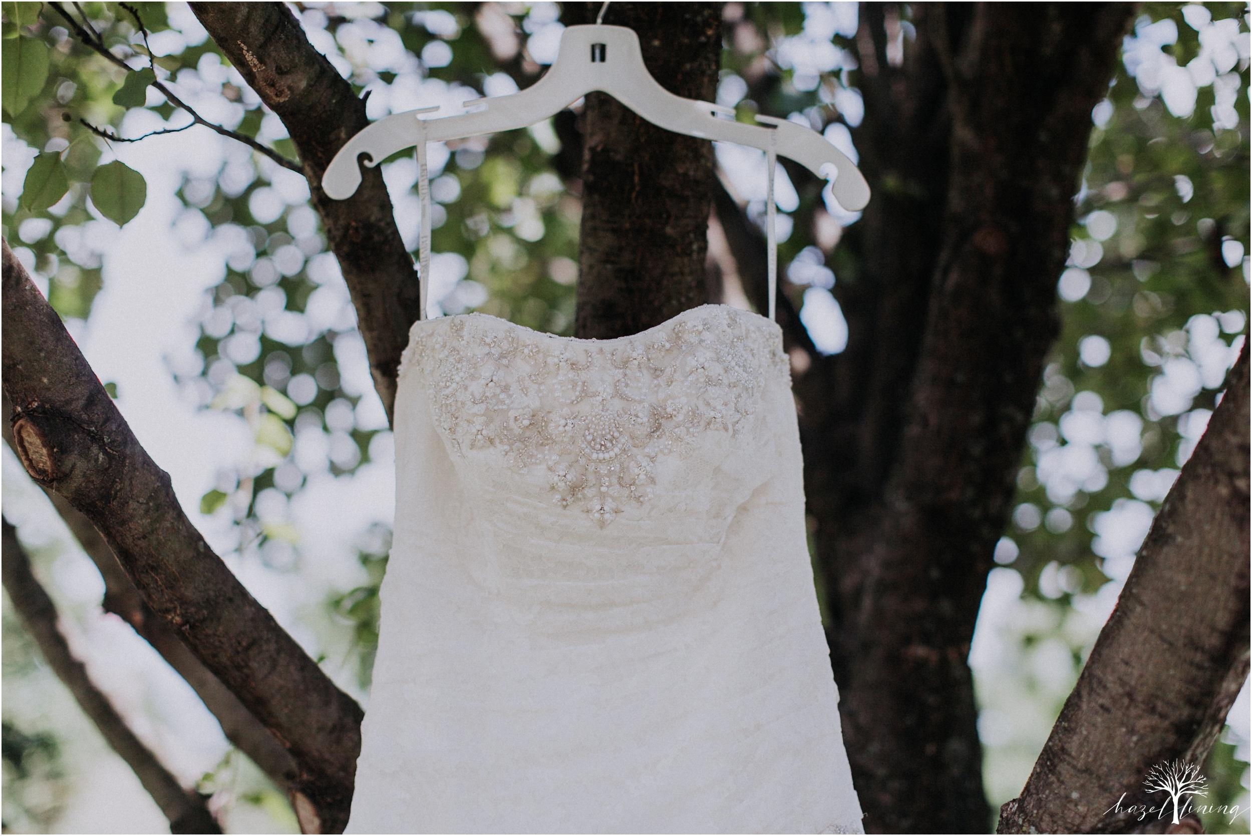 alyssa-james-stiteler-wedding-loft-and-sweet-water-cc-pennsburg-pennsylvania-hazel-lining-travel-wedding-elopement-photography_0014.jpg