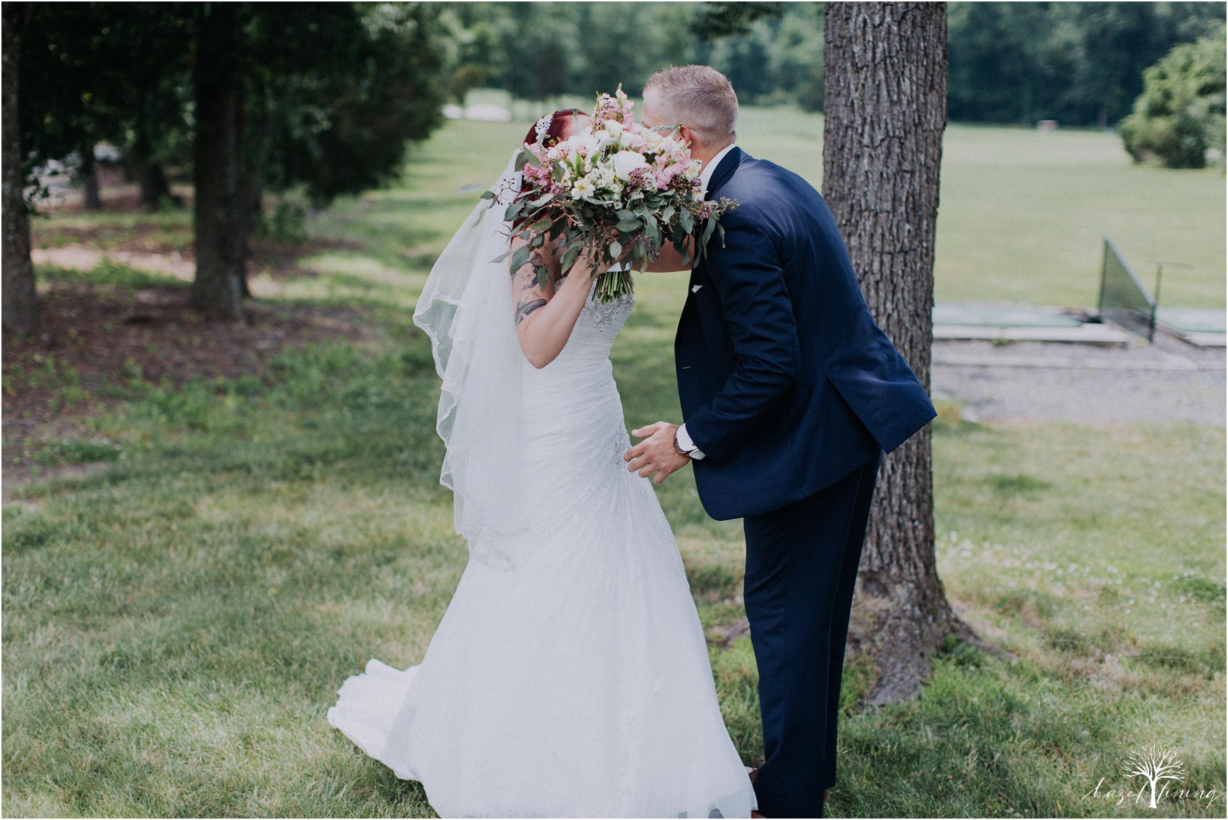 alyssa-james-stiteler-wedding-loft-and-sweet-water-cc-pennsburg-pennsylvania-hazel-lining-travel-wedding-elopement-photography_0028.jpg