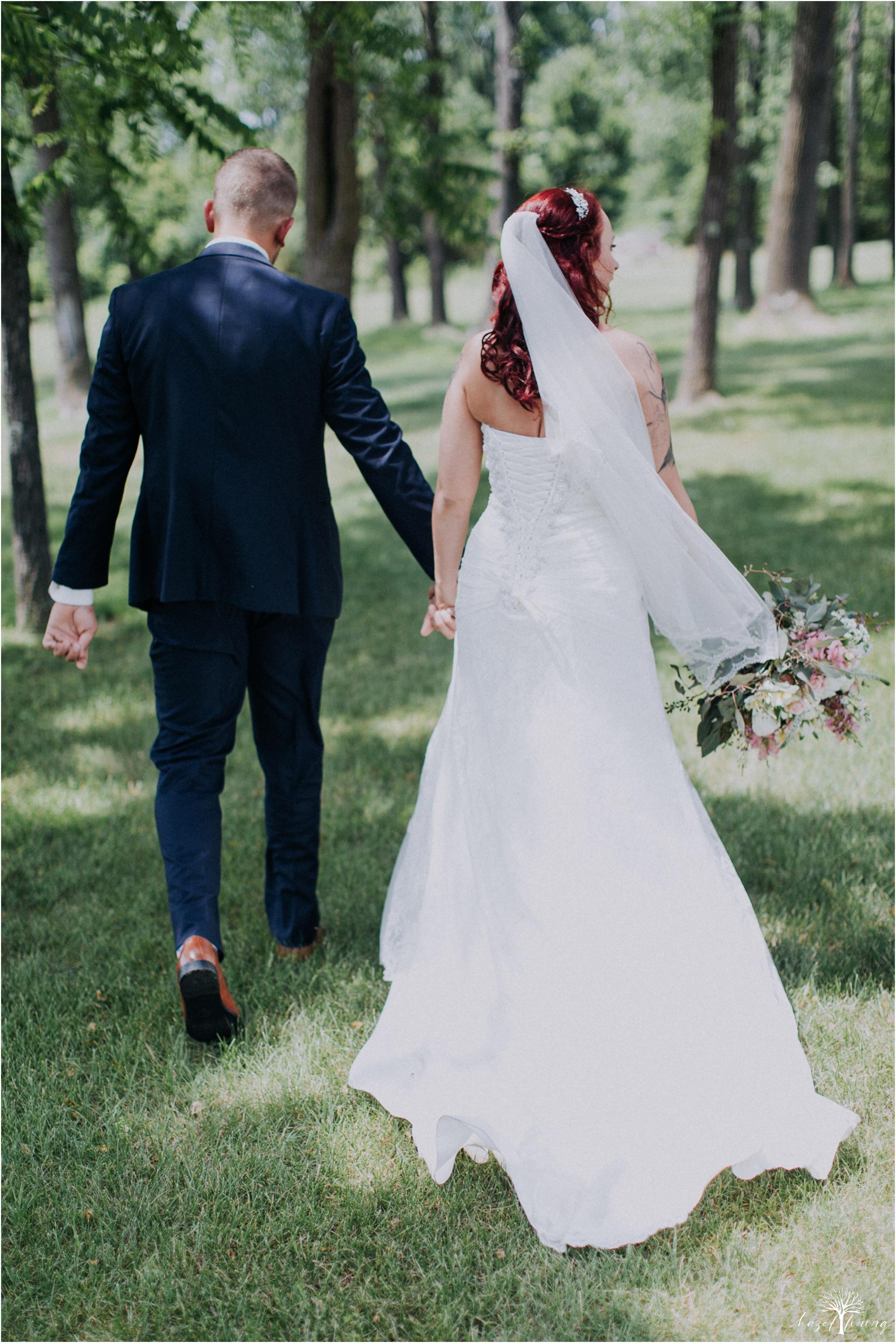alyssa-james-stiteler-wedding-loft-and-sweet-water-cc-pennsburg-pennsylvania-hazel-lining-travel-wedding-elopement-photography_0032.jpg