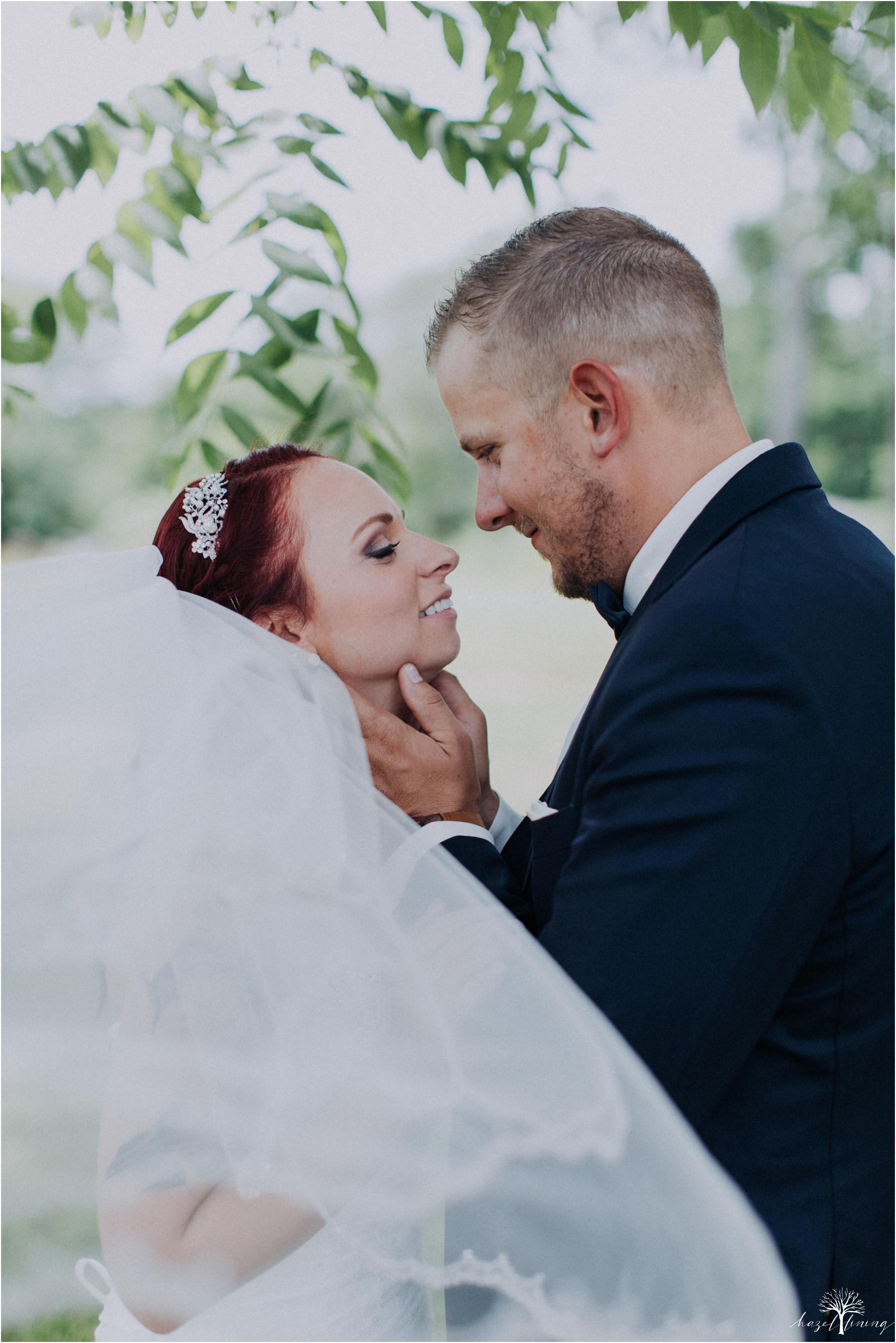 alyssa-james-stiteler-wedding-loft-and-sweet-water-cc-pennsburg-pennsylvania-hazel-lining-travel-wedding-elopement-photography_0036.jpg