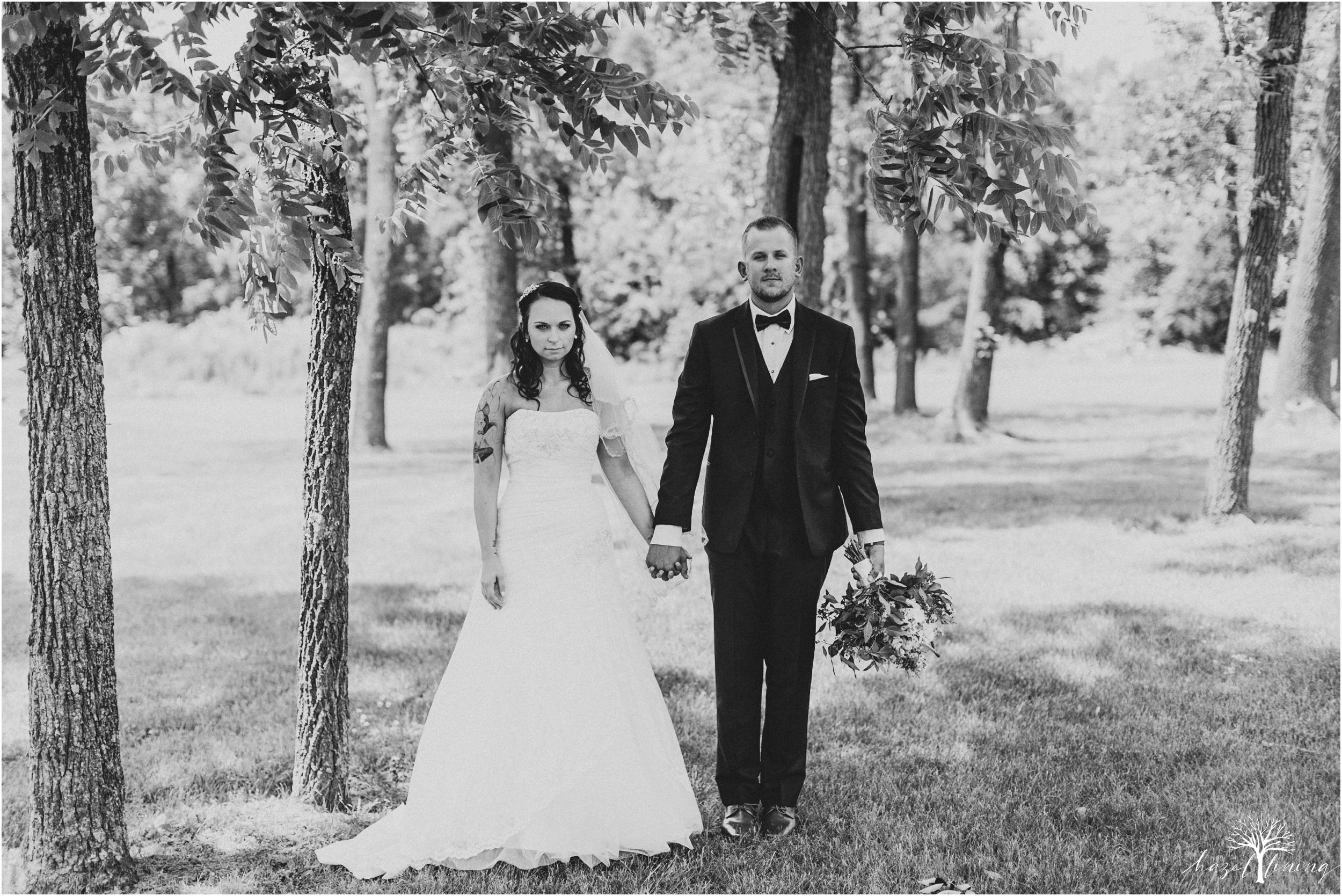 alyssa-james-stiteler-wedding-loft-and-sweet-water-cc-pennsburg-pennsylvania-hazel-lining-travel-wedding-elopement-photography_0043.jpg
