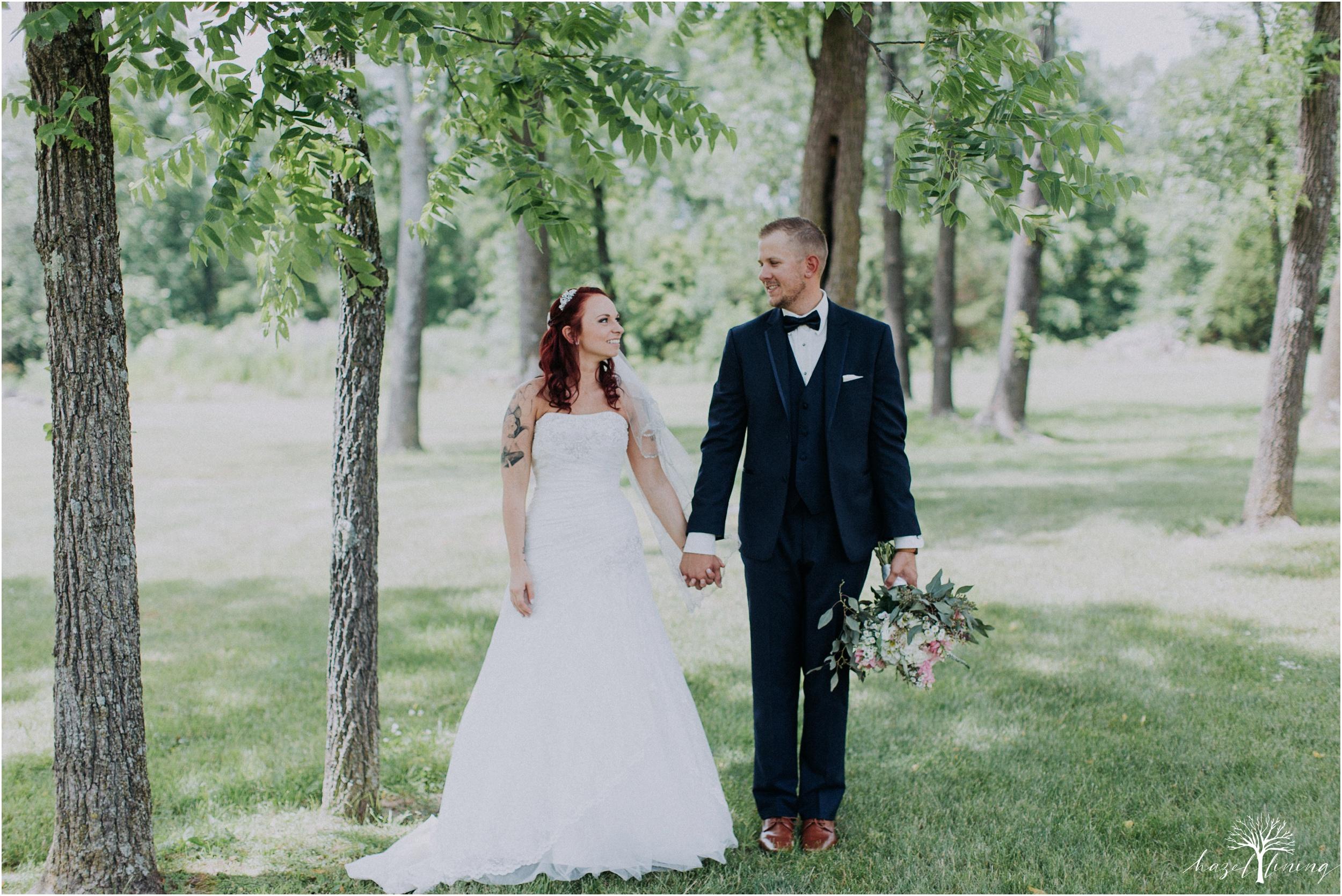 alyssa-james-stiteler-wedding-loft-and-sweet-water-cc-pennsburg-pennsylvania-hazel-lining-travel-wedding-elopement-photography_0044.jpg