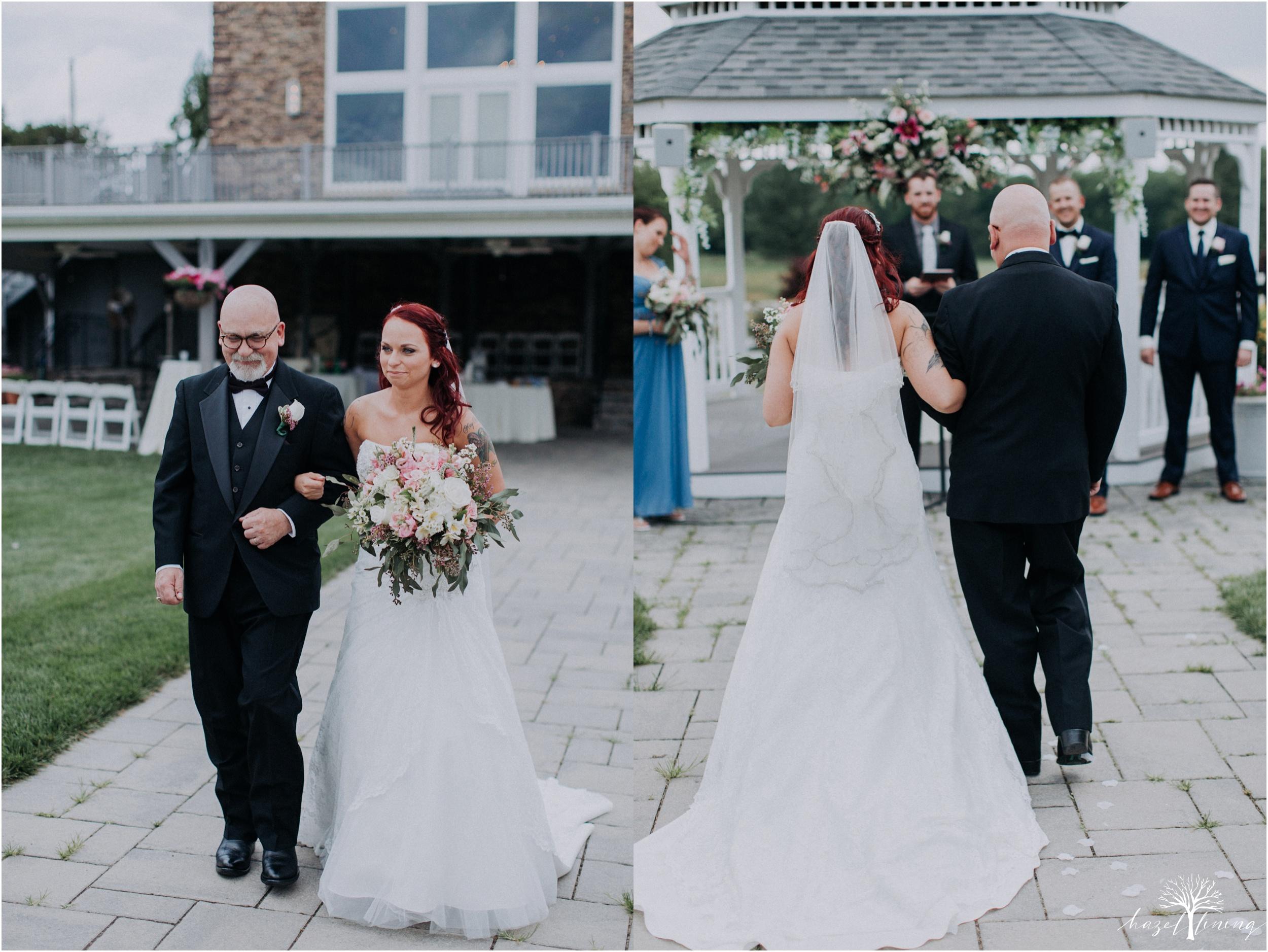alyssa-james-stiteler-wedding-loft-and-sweet-water-cc-pennsburg-pennsylvania-hazel-lining-travel-wedding-elopement-photography_0050.jpg