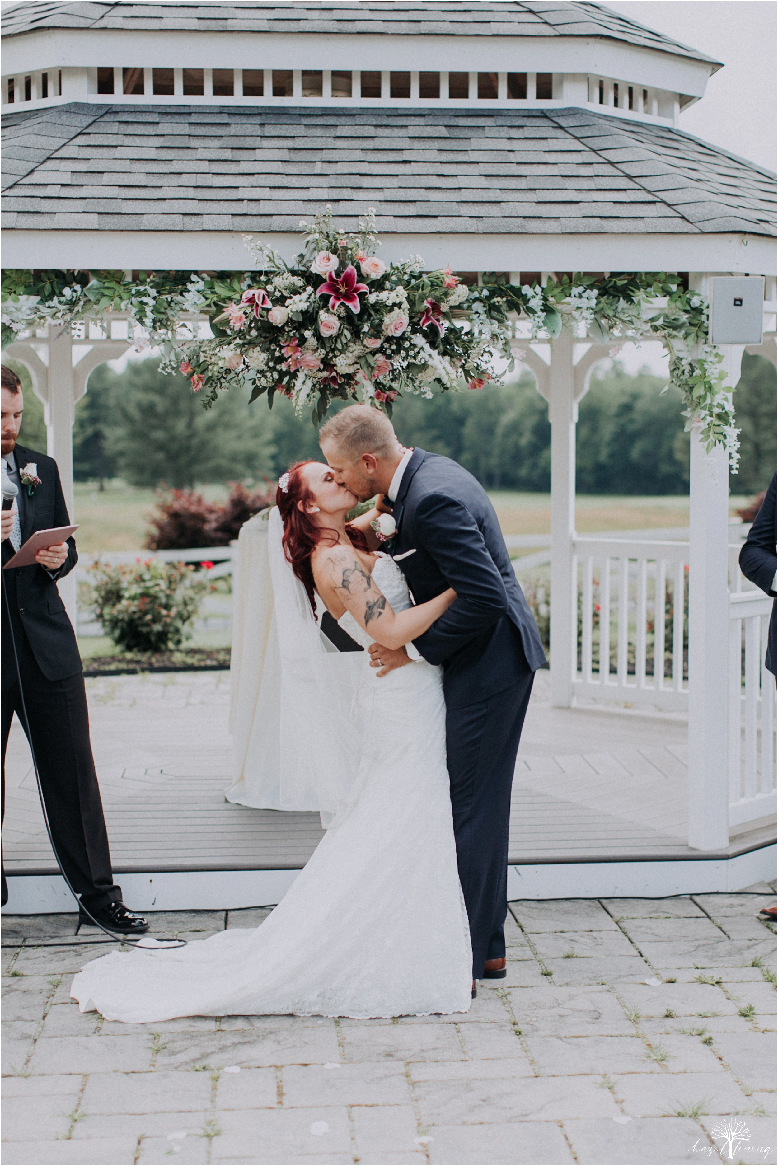 alyssa-james-stiteler-wedding-loft-and-sweet-water-cc-pennsburg-pennsylvania-hazel-lining-travel-wedding-elopement-photography_0061.jpg