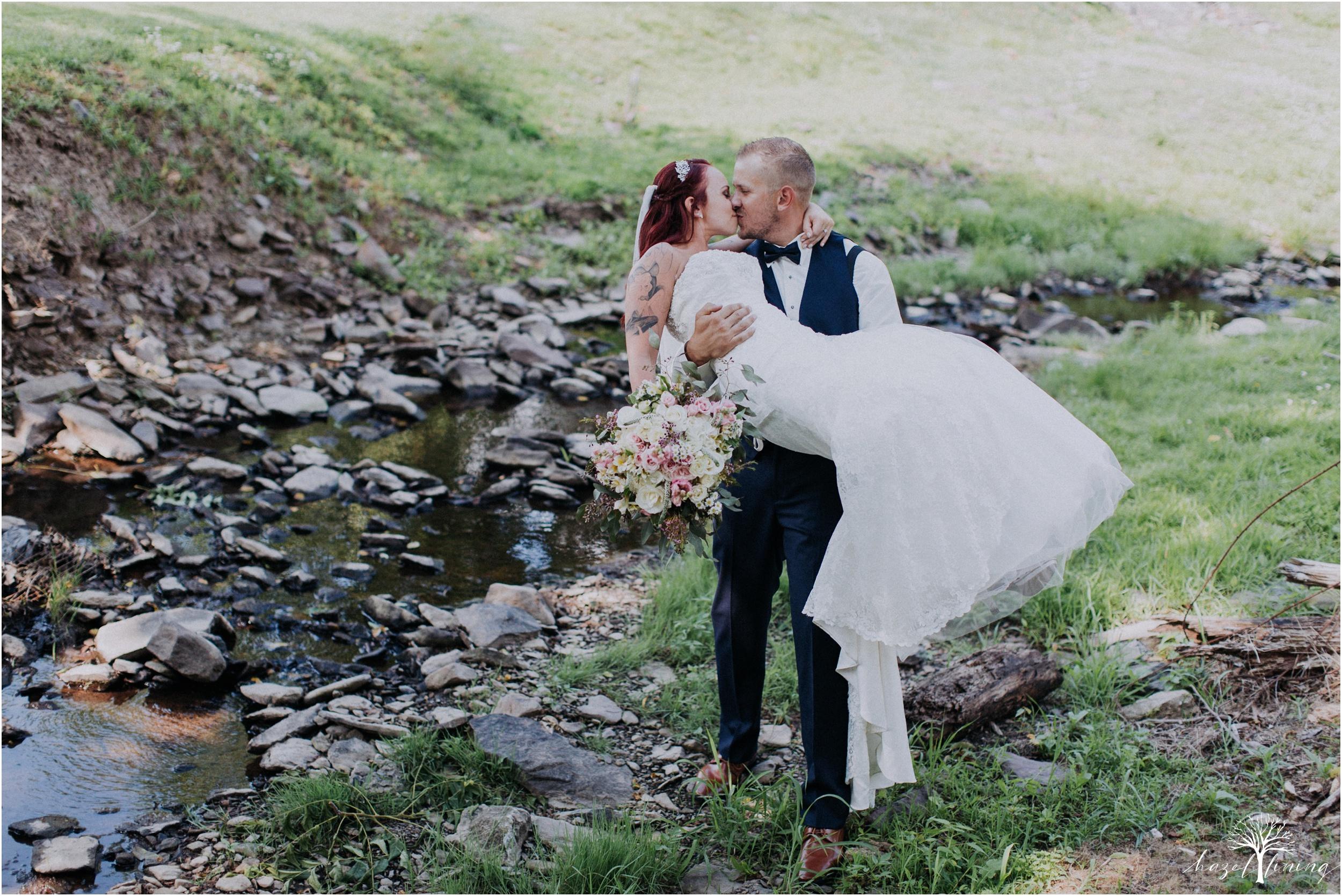 alyssa-james-stiteler-wedding-loft-and-sweet-water-cc-pennsburg-pennsylvania-hazel-lining-travel-wedding-elopement-photography_0095.jpg