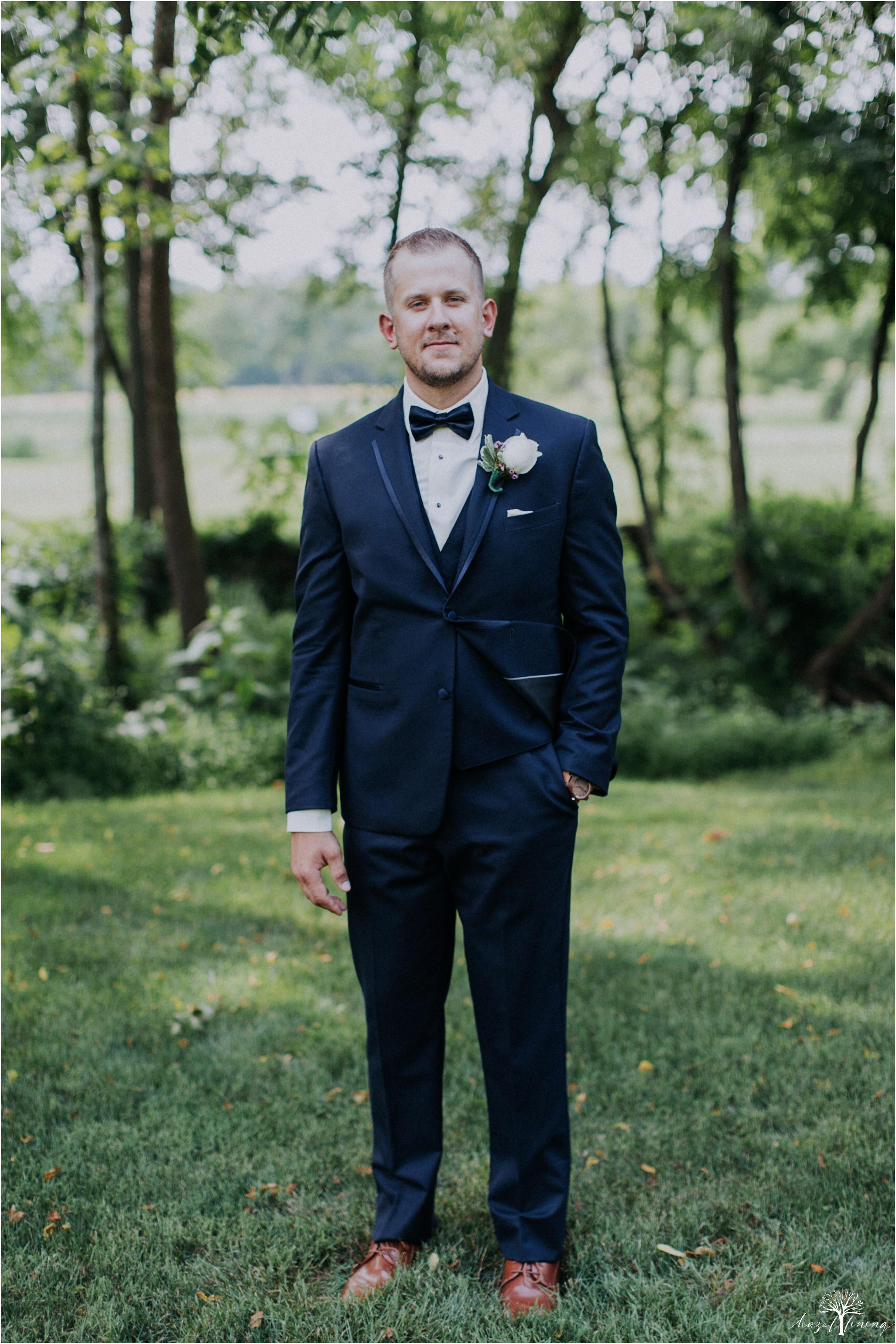 alyssa-james-stiteler-wedding-loft-and-sweet-water-cc-pennsburg-pennsylvania-hazel-lining-travel-wedding-elopement-photography_0102.jpg