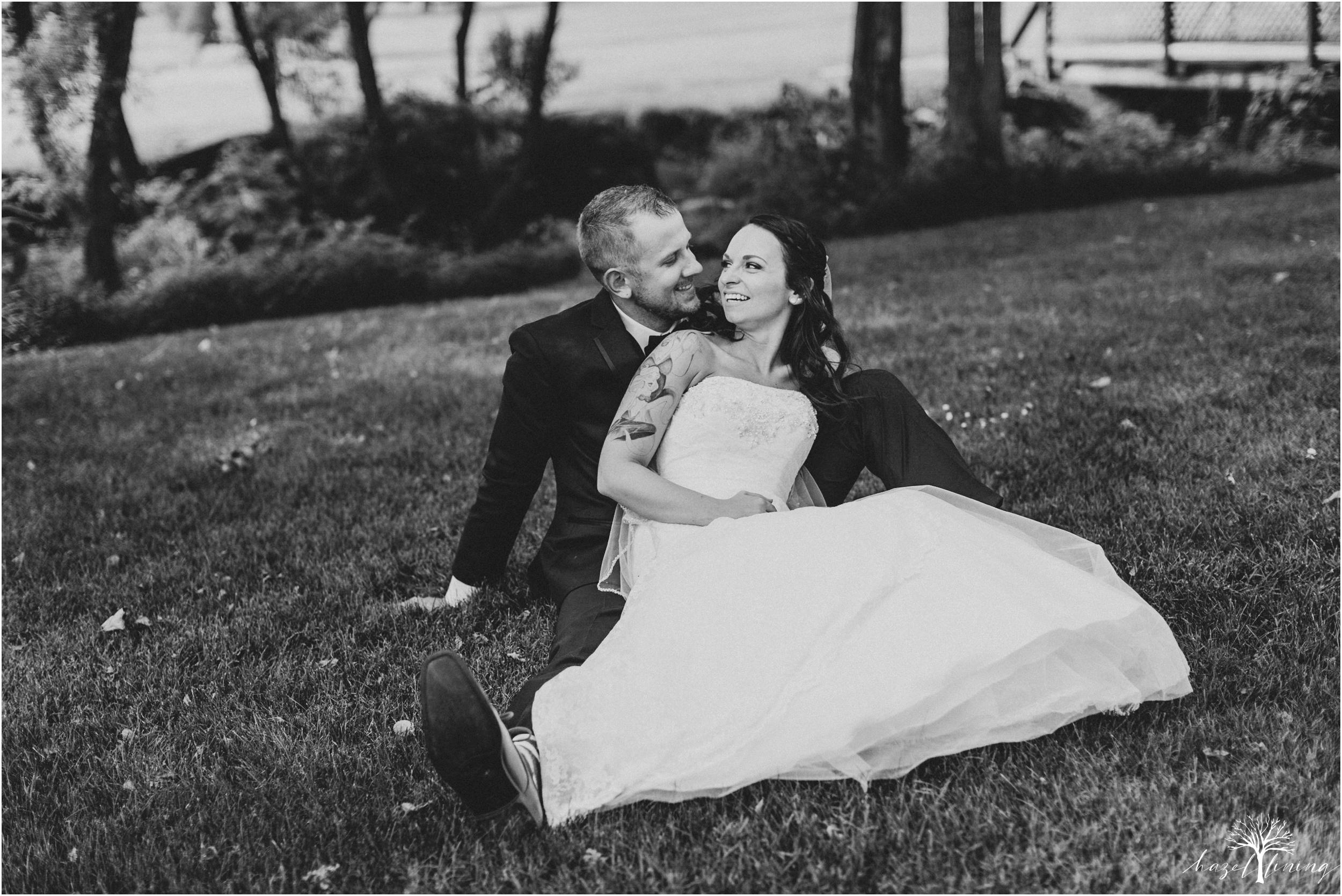 alyssa-james-stiteler-wedding-loft-and-sweet-water-cc-pennsburg-pennsylvania-hazel-lining-travel-wedding-elopement-photography_0105.jpg