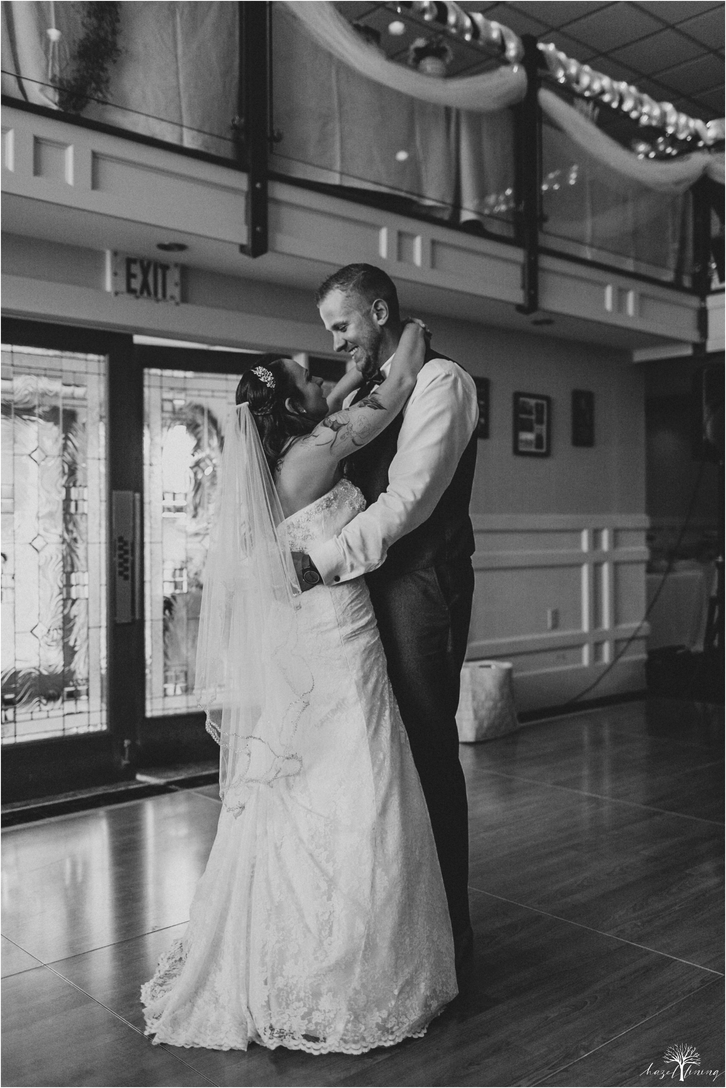 alyssa-james-stiteler-wedding-loft-and-sweet-water-cc-pennsburg-pennsylvania-hazel-lining-travel-wedding-elopement-photography_0123.jpg
