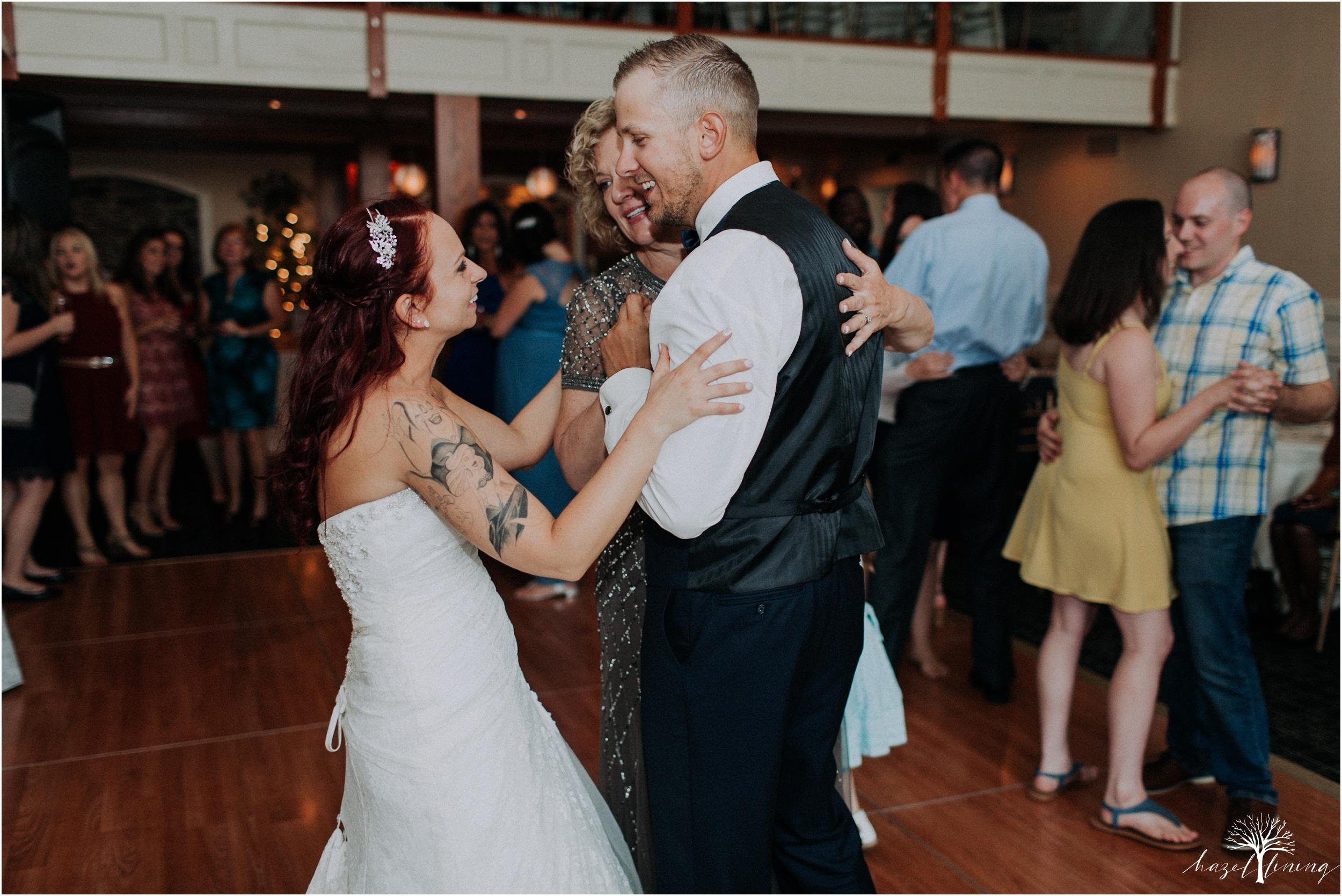 alyssa-james-stiteler-wedding-loft-and-sweet-water-cc-pennsburg-pennsylvania-hazel-lining-travel-wedding-elopement-photography_0136.jpg