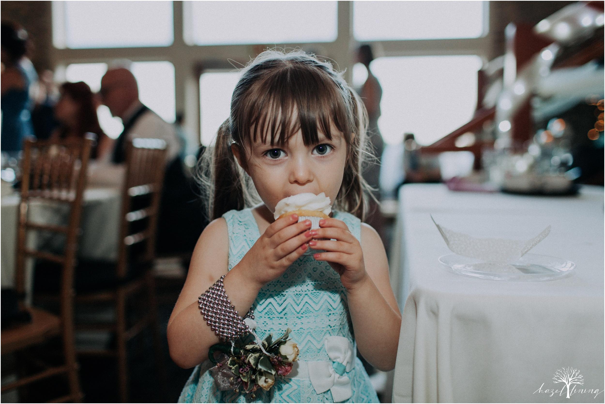 alyssa-james-stiteler-wedding-loft-and-sweet-water-cc-pennsburg-pennsylvania-hazel-lining-travel-wedding-elopement-photography_0148.jpg
