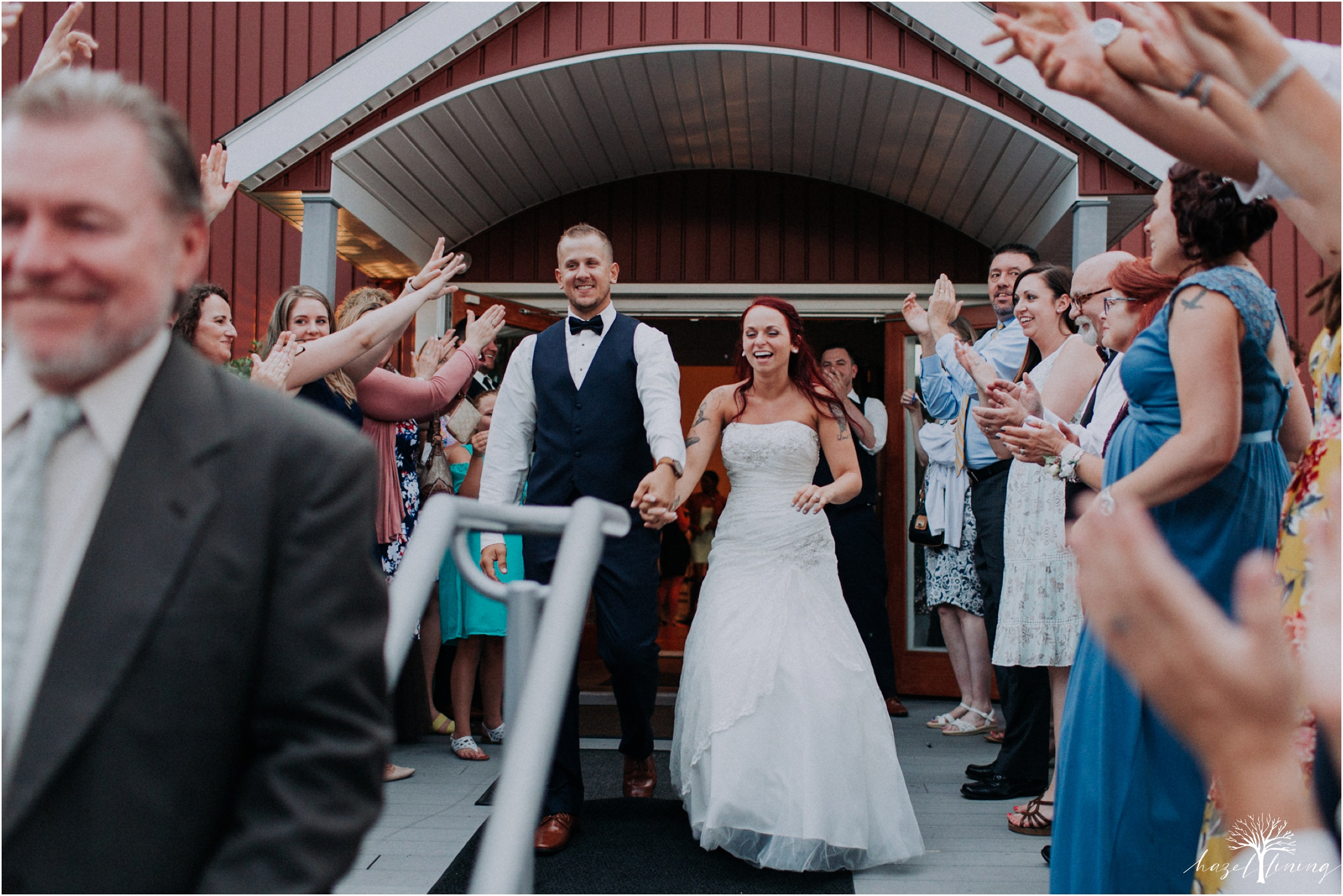 alyssa-james-stiteler-wedding-loft-and-sweet-water-cc-pennsburg-pennsylvania-hazel-lining-travel-wedding-elopement-photography_0155.jpg