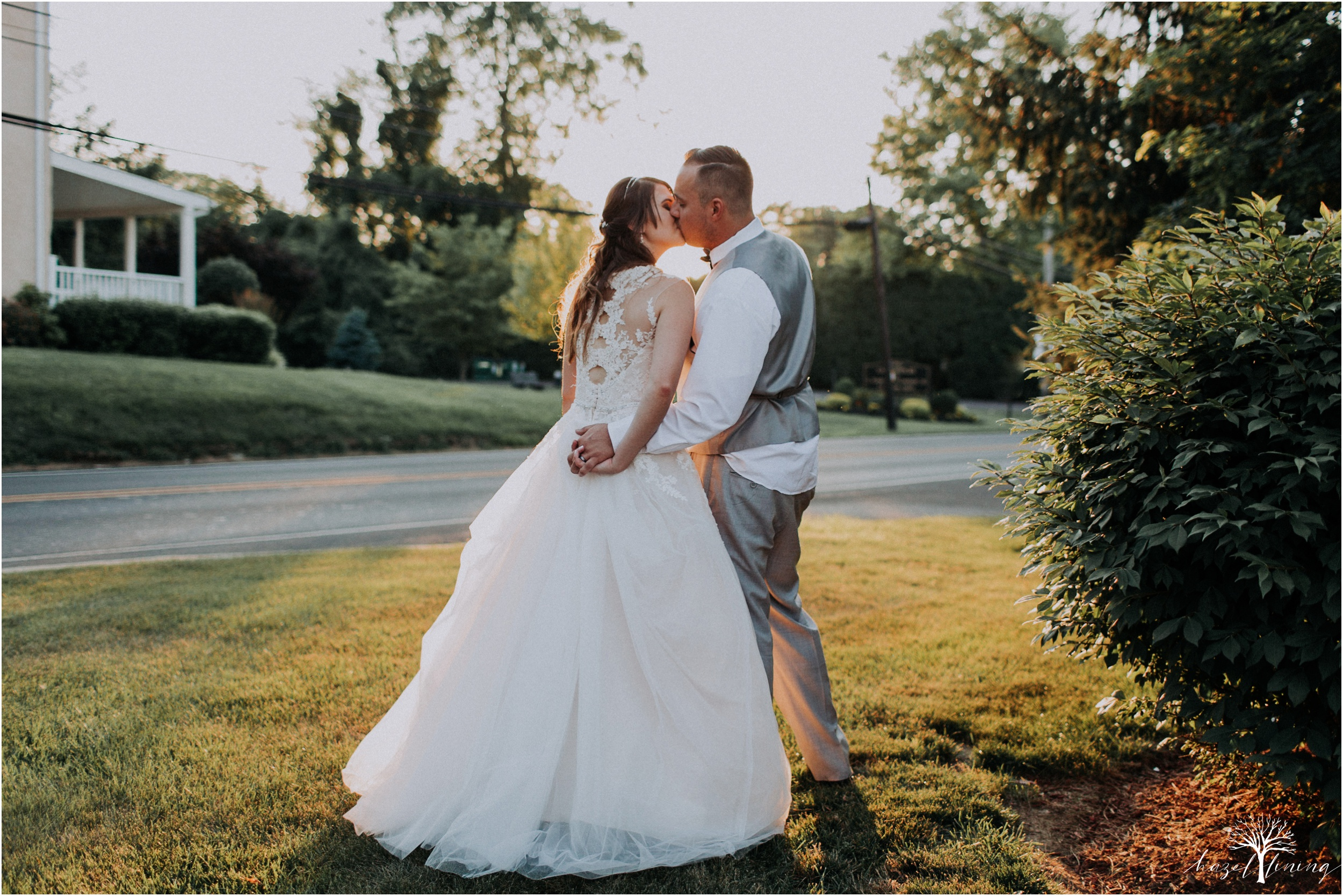 cassie-depinto-tyler-bodder-playwicki-farm-buck-hotel-featserville-trevose-pennsylvania-summer-outdoor-wedding-hazel-lining-travel-wedding-elopement-photography_0326.jpg