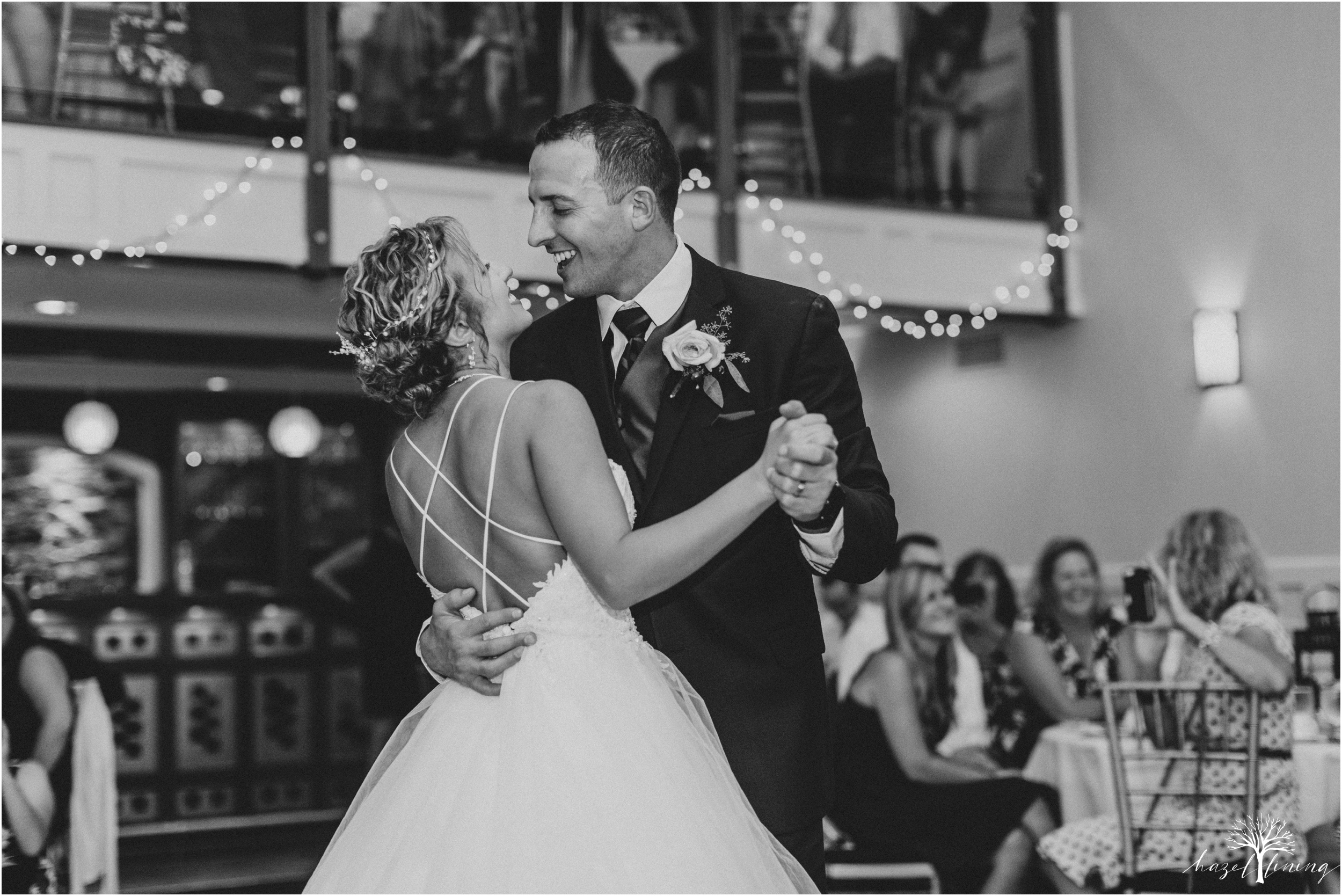 jonathan-weibel-becky-haywood-loft-at-sweetwater-cc-pennsburg-pennsylvania-rainy-day-summer-wedding-hazel-lining-travel-wedding-elopement-photography_0113.jpg