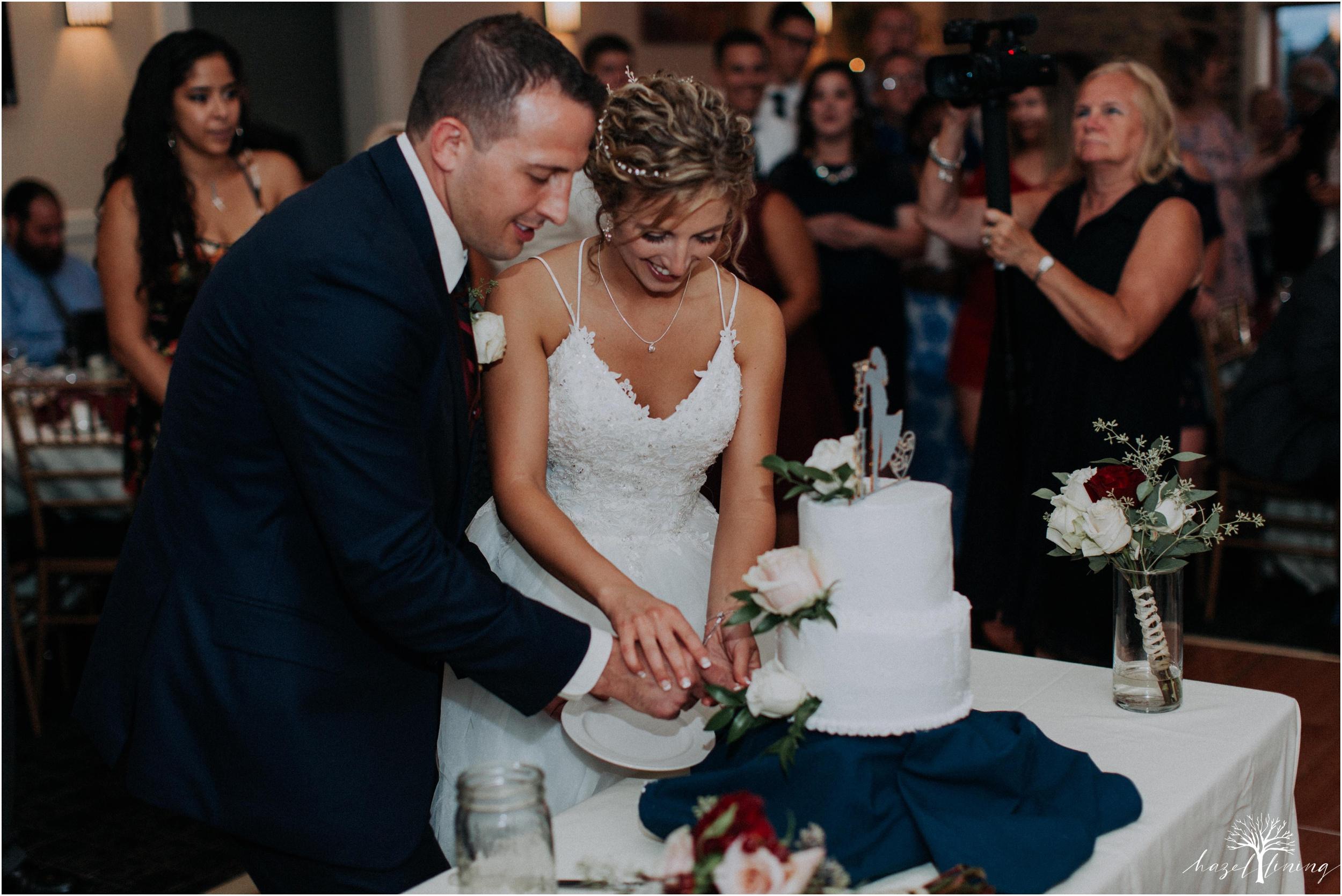 jonathan-weibel-becky-haywood-loft-at-sweetwater-cc-pennsburg-pennsylvania-rainy-day-summer-wedding-hazel-lining-travel-wedding-elopement-photography_0127.jpg