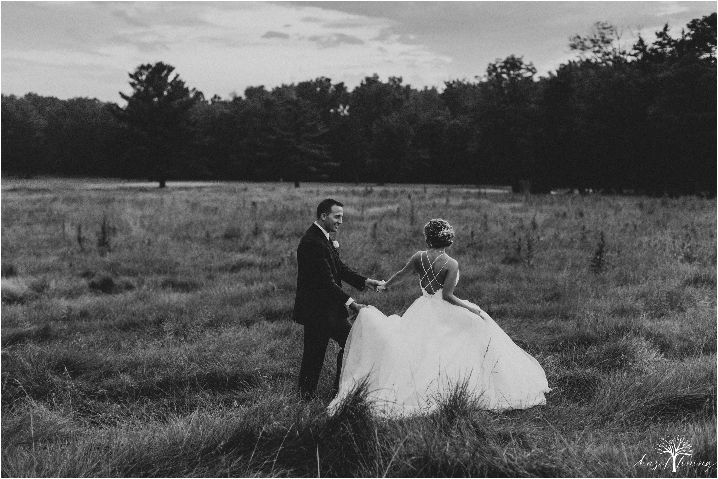 jonathan-weibel-becky-haywood-loft-at-sweetwater-cc-pennsburg-pennsylvania-rainy-day-summer-wedding-hazel-lining-travel-wedding-elopement-photography_0137.jpg