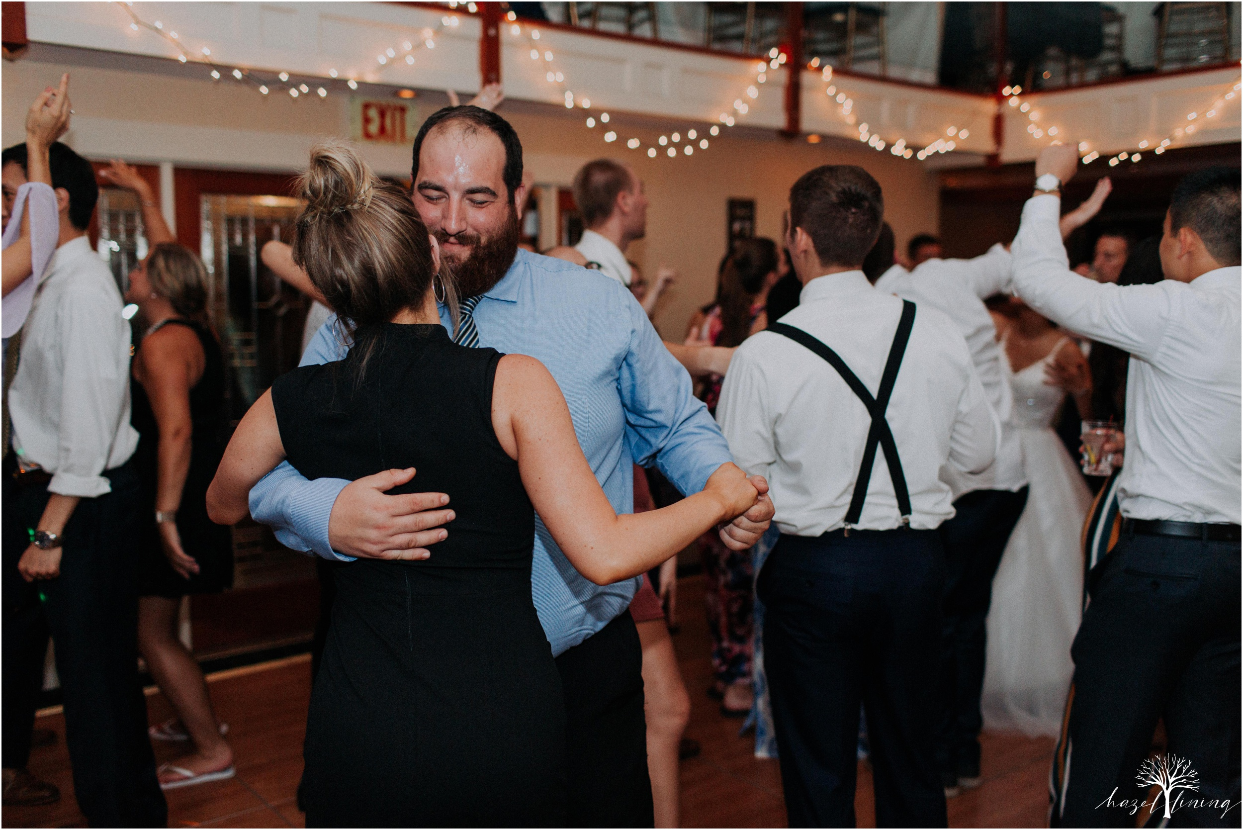 jonathan-weibel-becky-haywood-loft-at-sweetwater-cc-pennsburg-pennsylvania-rainy-day-summer-wedding-hazel-lining-travel-wedding-elopement-photography_0153.jpg
