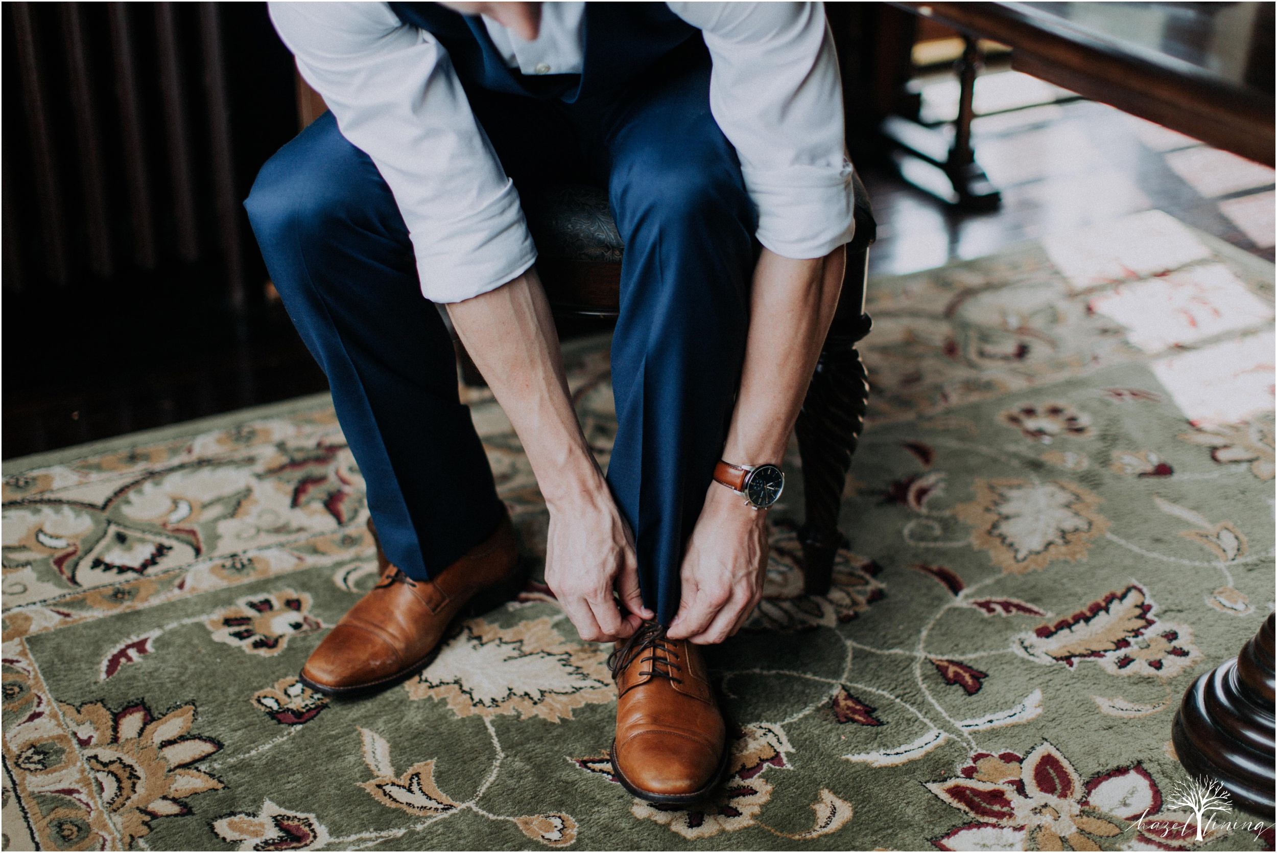 mariah-kreyling-samuel-sherratt-sherrattwiththeworld-peirce-farm-at-witch-hill-boston-massachusetts-wedding-photography-hazel-lining-travel-wedding-elopement-photography_0022.jpg
