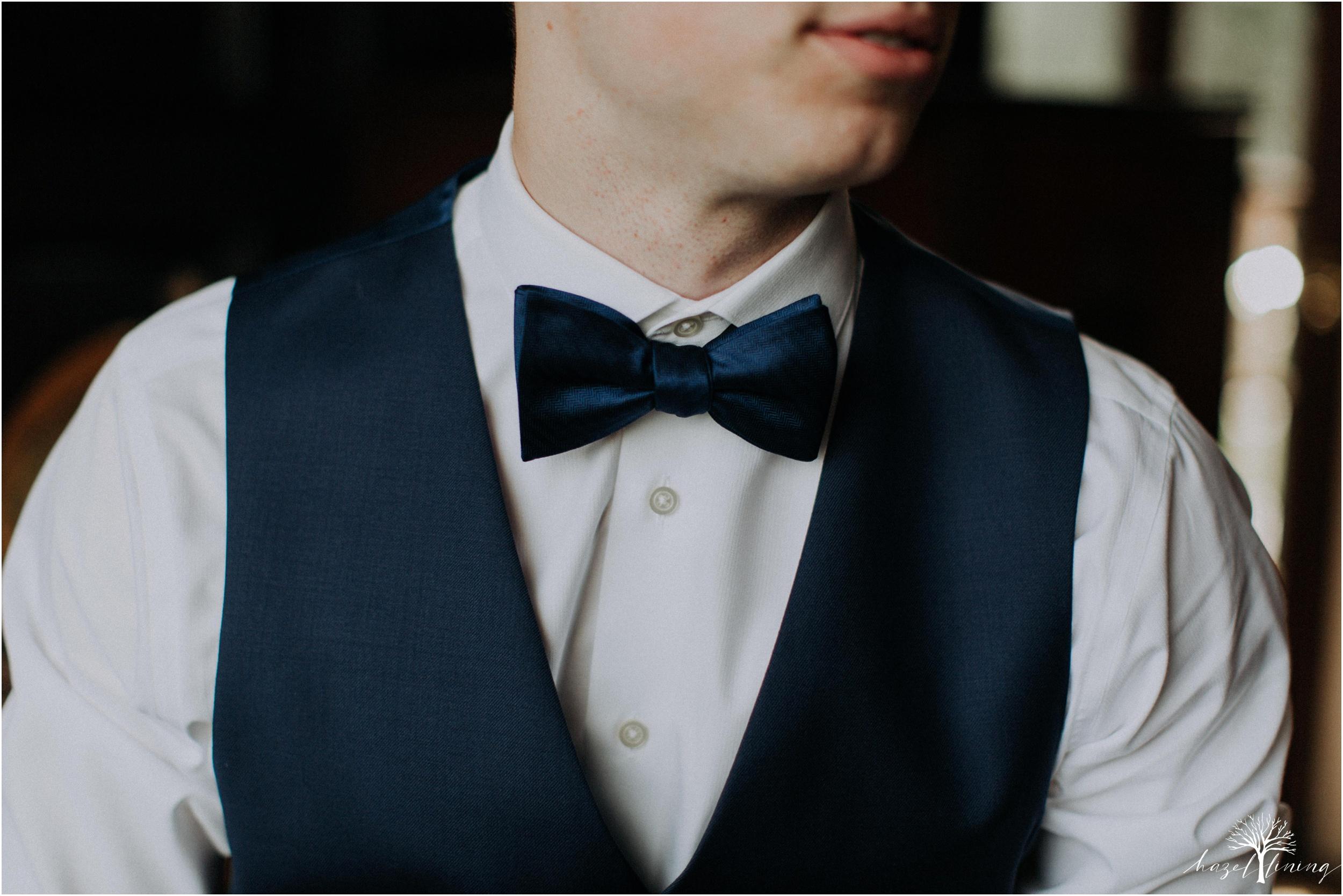 mariah-kreyling-samuel-sherratt-sherrattwiththeworld-peirce-farm-at-witch-hill-boston-massachusetts-wedding-photography-hazel-lining-travel-wedding-elopement-photography_0023.jpg