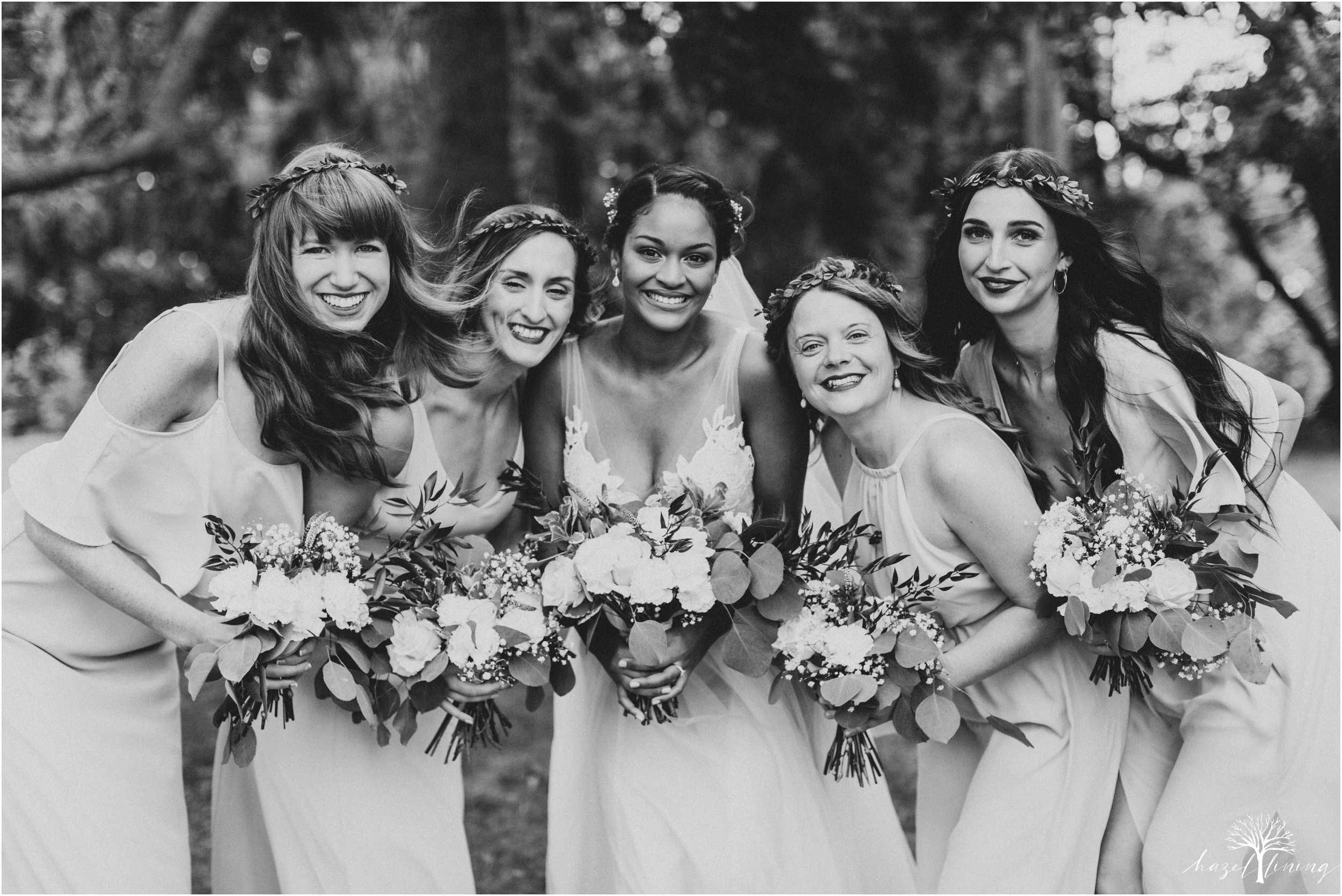 mariah-kreyling-samuel-sherratt-sherrattwiththeworld-peirce-farm-at-witch-hill-boston-massachusetts-wedding-photography-hazel-lining-travel-wedding-elopement-photography_0029.jpg