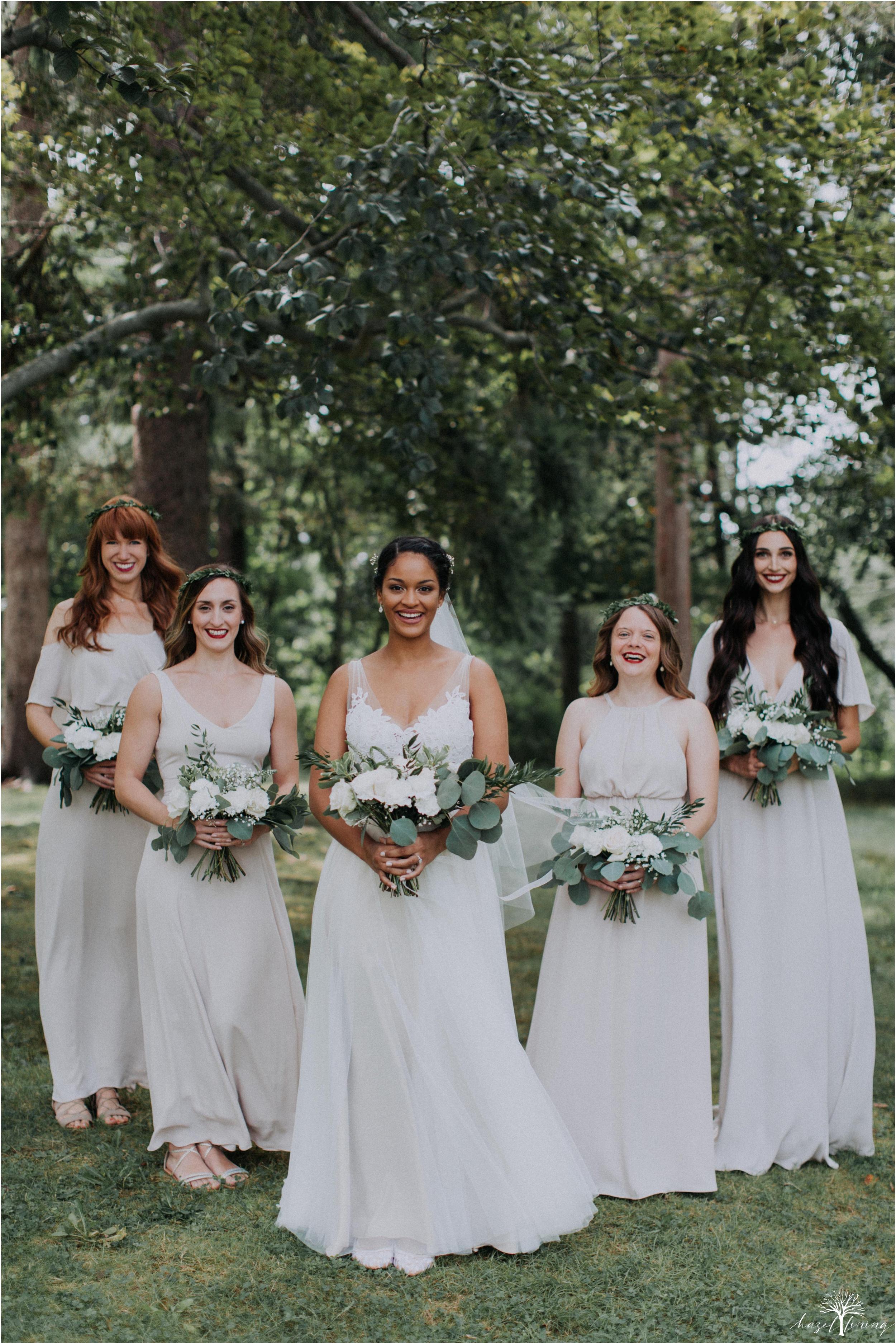 mariah-kreyling-samuel-sherratt-sherrattwiththeworld-peirce-farm-at-witch-hill-boston-massachusetts-wedding-photography-hazel-lining-travel-wedding-elopement-photography_0033.jpg