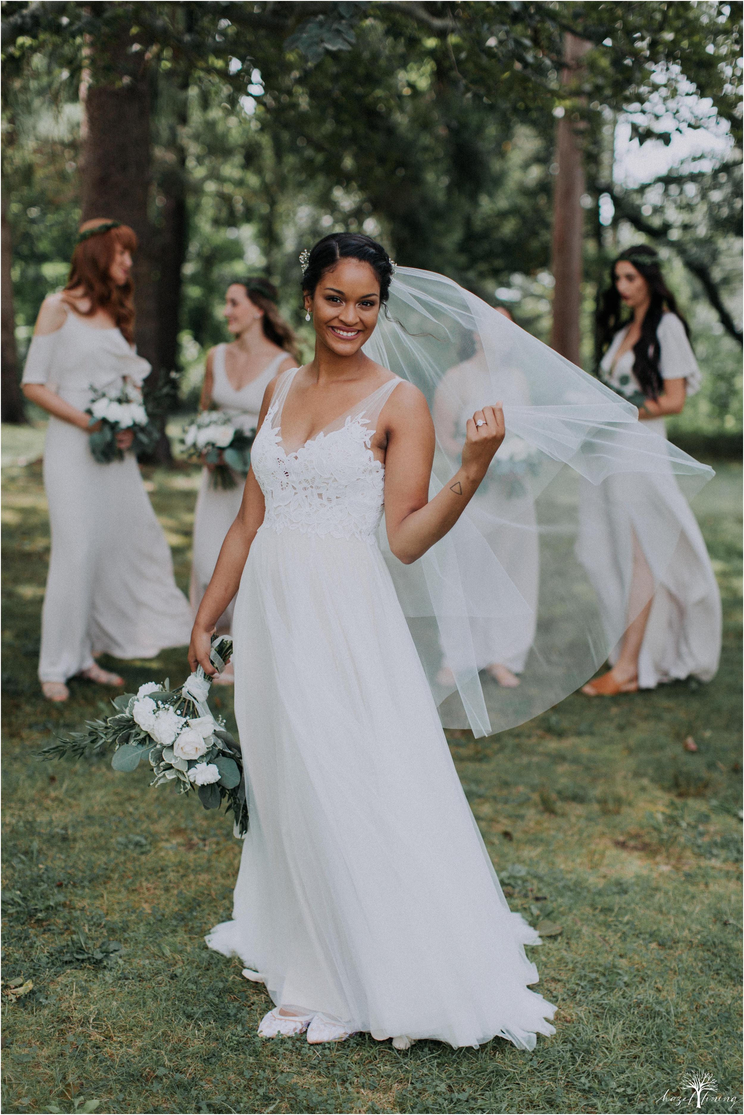 mariah-kreyling-samuel-sherratt-sherrattwiththeworld-peirce-farm-at-witch-hill-boston-massachusetts-wedding-photography-hazel-lining-travel-wedding-elopement-photography_0038.jpg