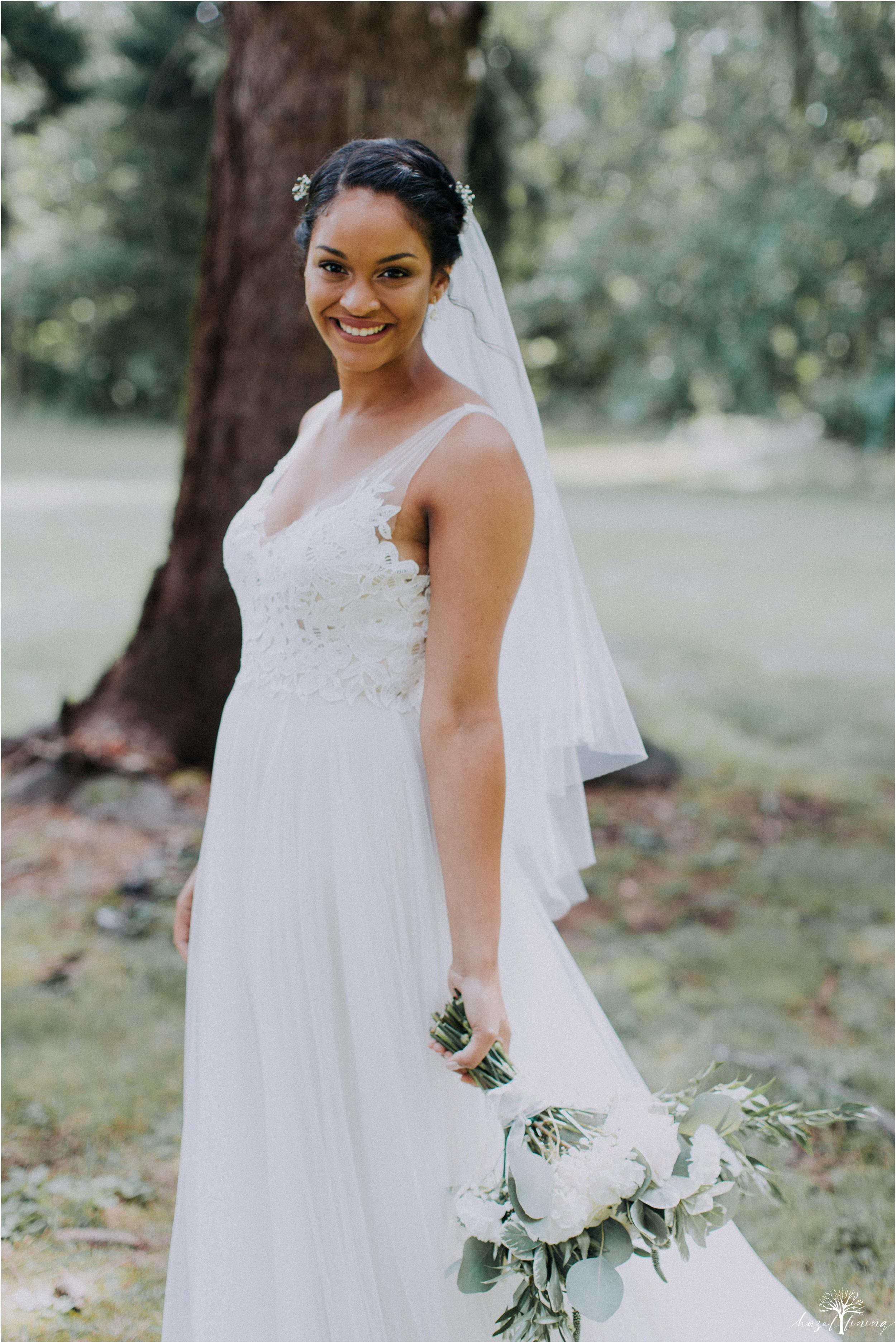 mariah-kreyling-samuel-sherratt-sherrattwiththeworld-peirce-farm-at-witch-hill-boston-massachusetts-wedding-photography-hazel-lining-travel-wedding-elopement-photography_0045.jpg