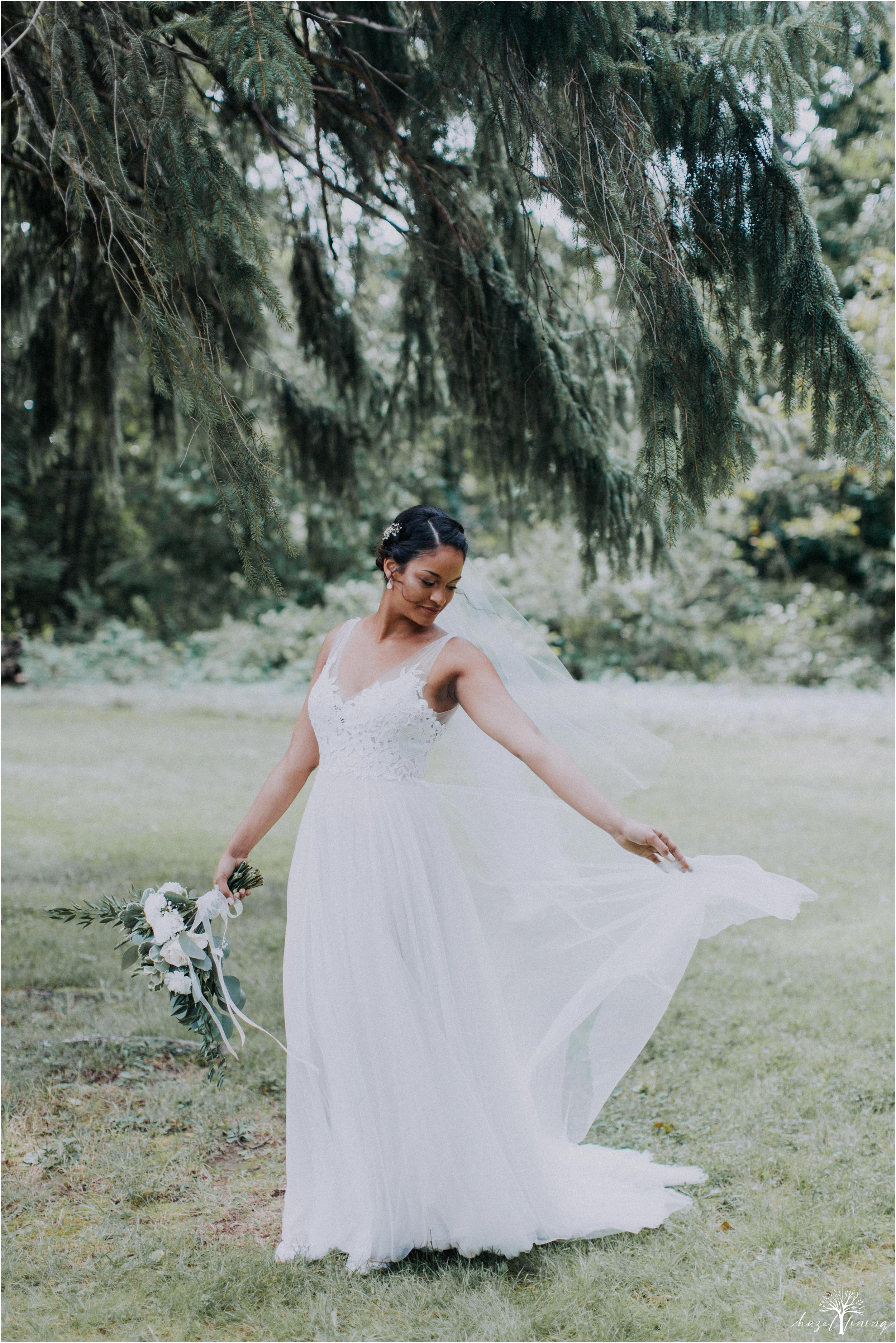 mariah-kreyling-samuel-sherratt-sherrattwiththeworld-peirce-farm-at-witch-hill-boston-massachusetts-wedding-photography-hazel-lining-travel-wedding-elopement-photography_0049.jpg