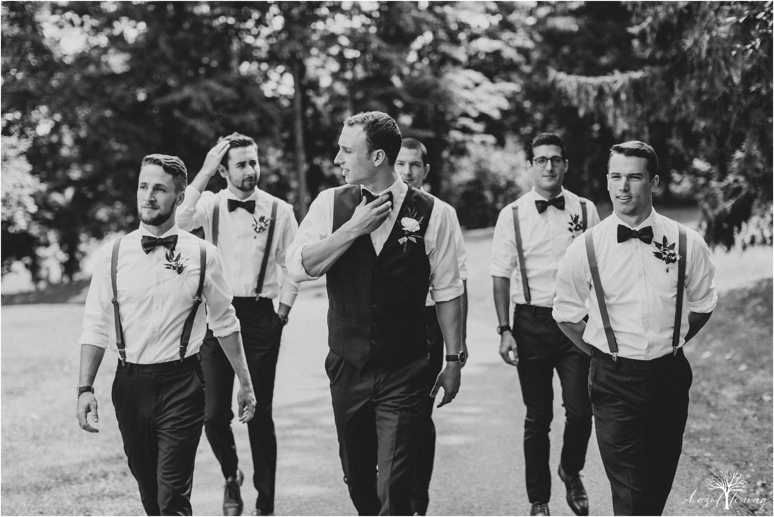 mariah-kreyling-samuel-sherratt-sherrattwiththeworld-peirce-farm-at-witch-hill-boston-massachusetts-wedding-photography-hazel-lining-travel-wedding-elopement-photography_0057.jpg