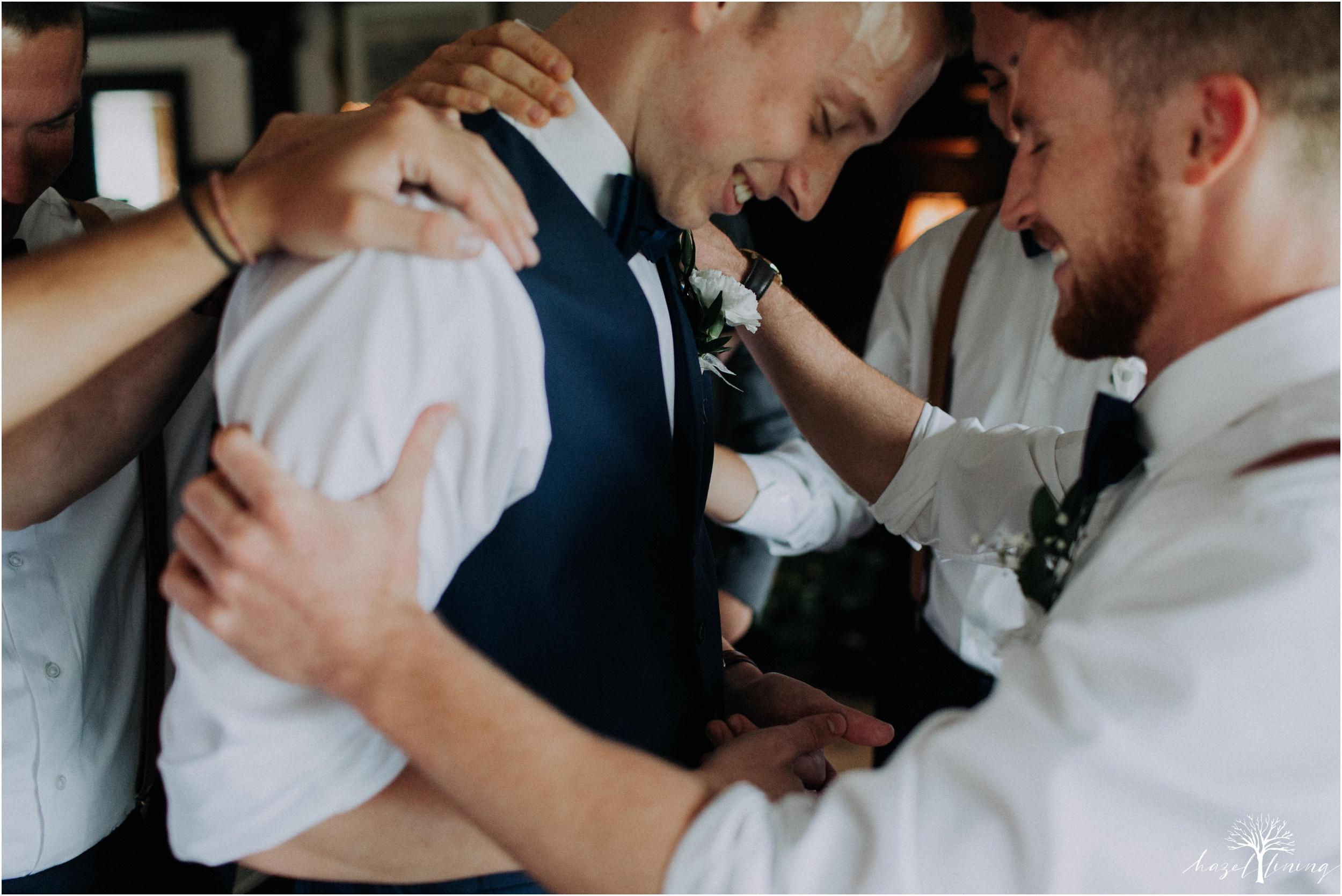 mariah-kreyling-samuel-sherratt-sherrattwiththeworld-peirce-farm-at-witch-hill-boston-massachusetts-wedding-photography-hazel-lining-travel-wedding-elopement-photography_0067.jpg