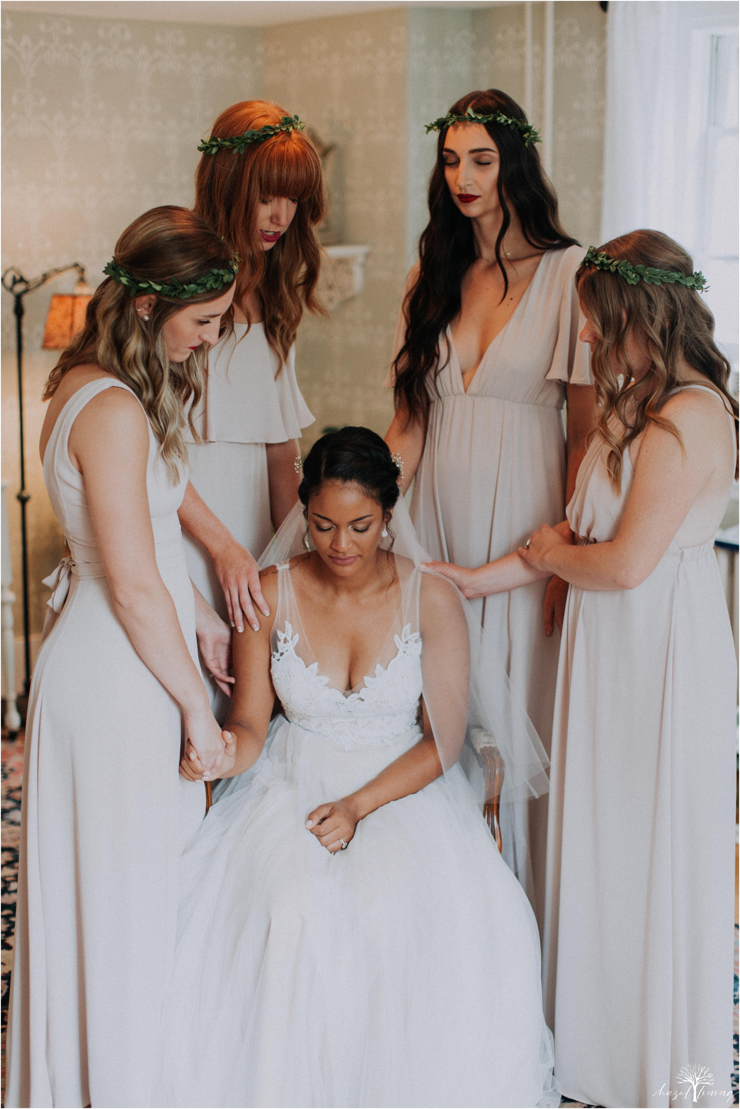 mariah-kreyling-samuel-sherratt-sherrattwiththeworld-peirce-farm-at-witch-hill-boston-massachusetts-wedding-photography-hazel-lining-travel-wedding-elopement-photography_0070.jpg