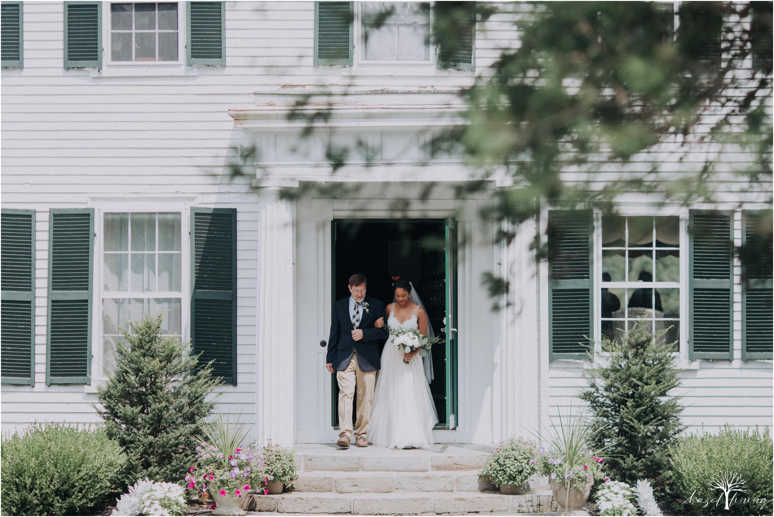 mariah-kreyling-samuel-sherratt-sherrattwiththeworld-peirce-farm-at-witch-hill-boston-massachusetts-wedding-photography-hazel-lining-travel-wedding-elopement-photography_0074.jpg