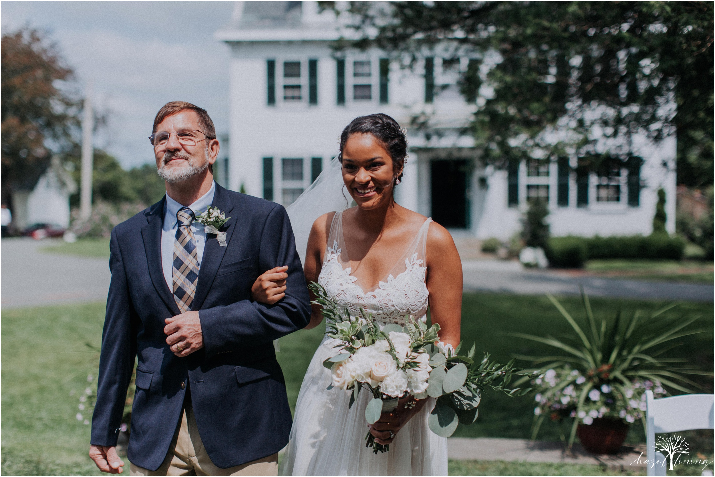 mariah-kreyling-samuel-sherratt-sherrattwiththeworld-peirce-farm-at-witch-hill-boston-massachusetts-wedding-photography-hazel-lining-travel-wedding-elopement-photography_0077.jpg