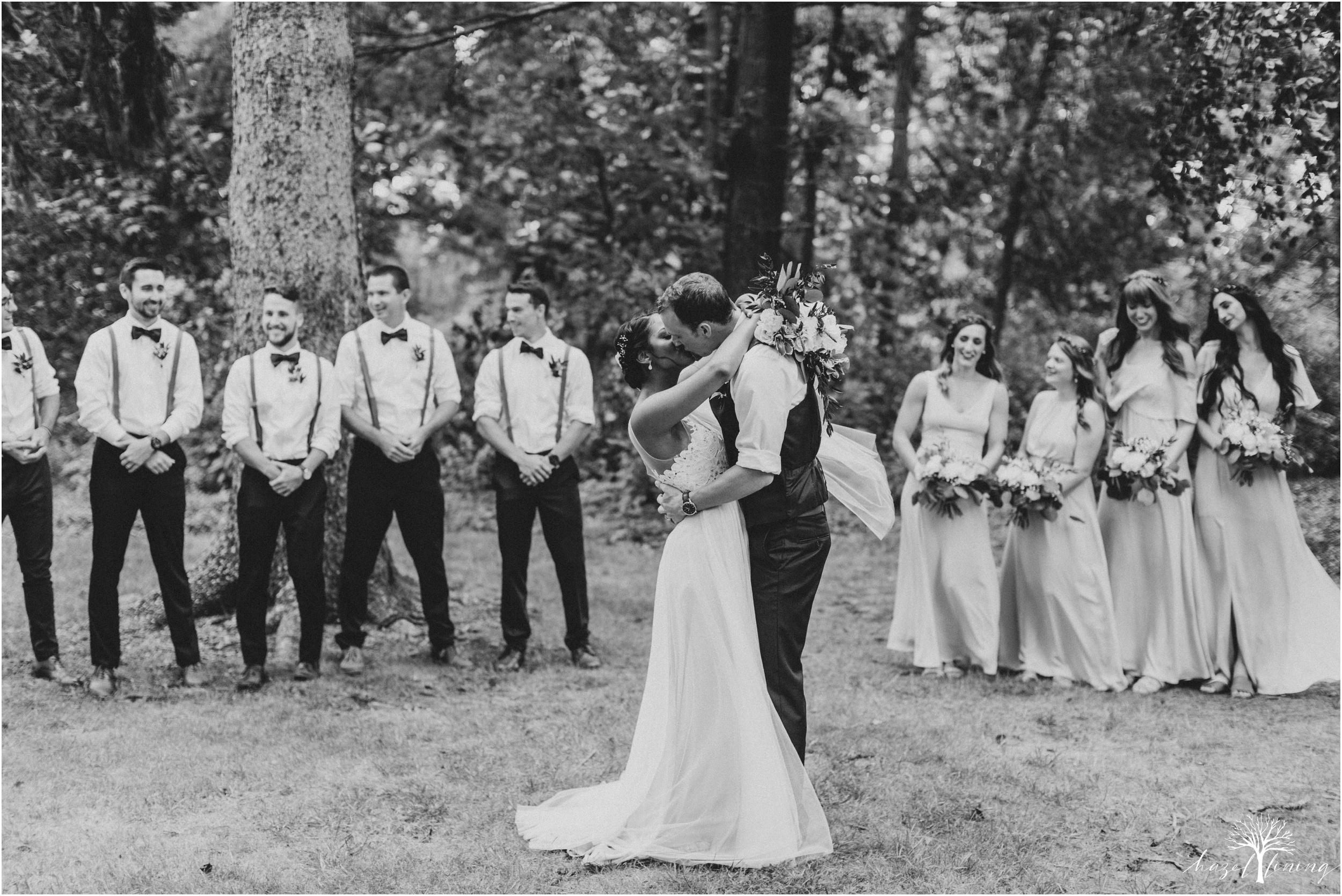 mariah-kreyling-samuel-sherratt-sherrattwiththeworld-peirce-farm-at-witch-hill-boston-massachusetts-wedding-photography-hazel-lining-travel-wedding-elopement-photography_0107.jpg