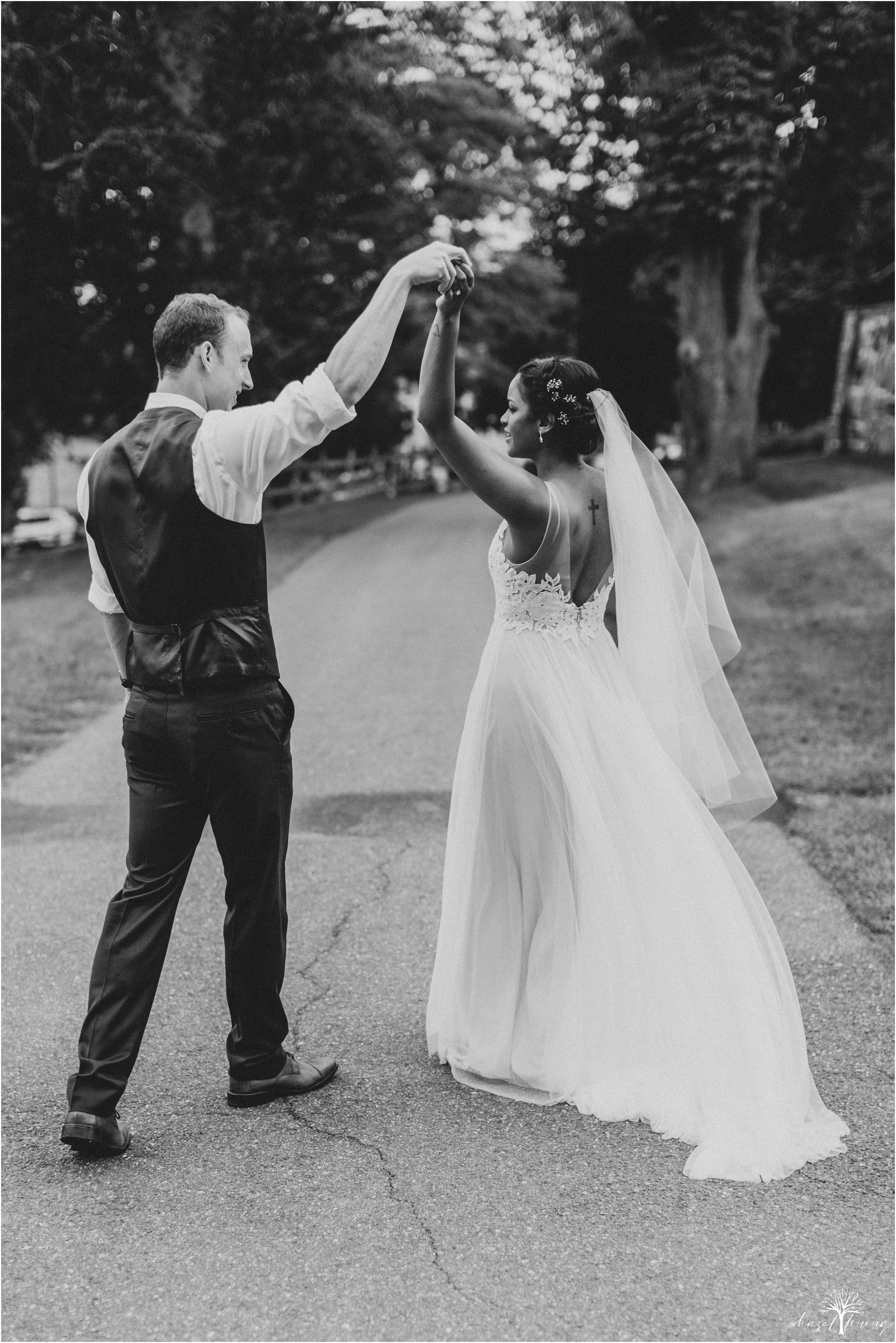 mariah-kreyling-samuel-sherratt-sherrattwiththeworld-peirce-farm-at-witch-hill-boston-massachusetts-wedding-photography-hazel-lining-travel-wedding-elopement-photography_0132.jpg