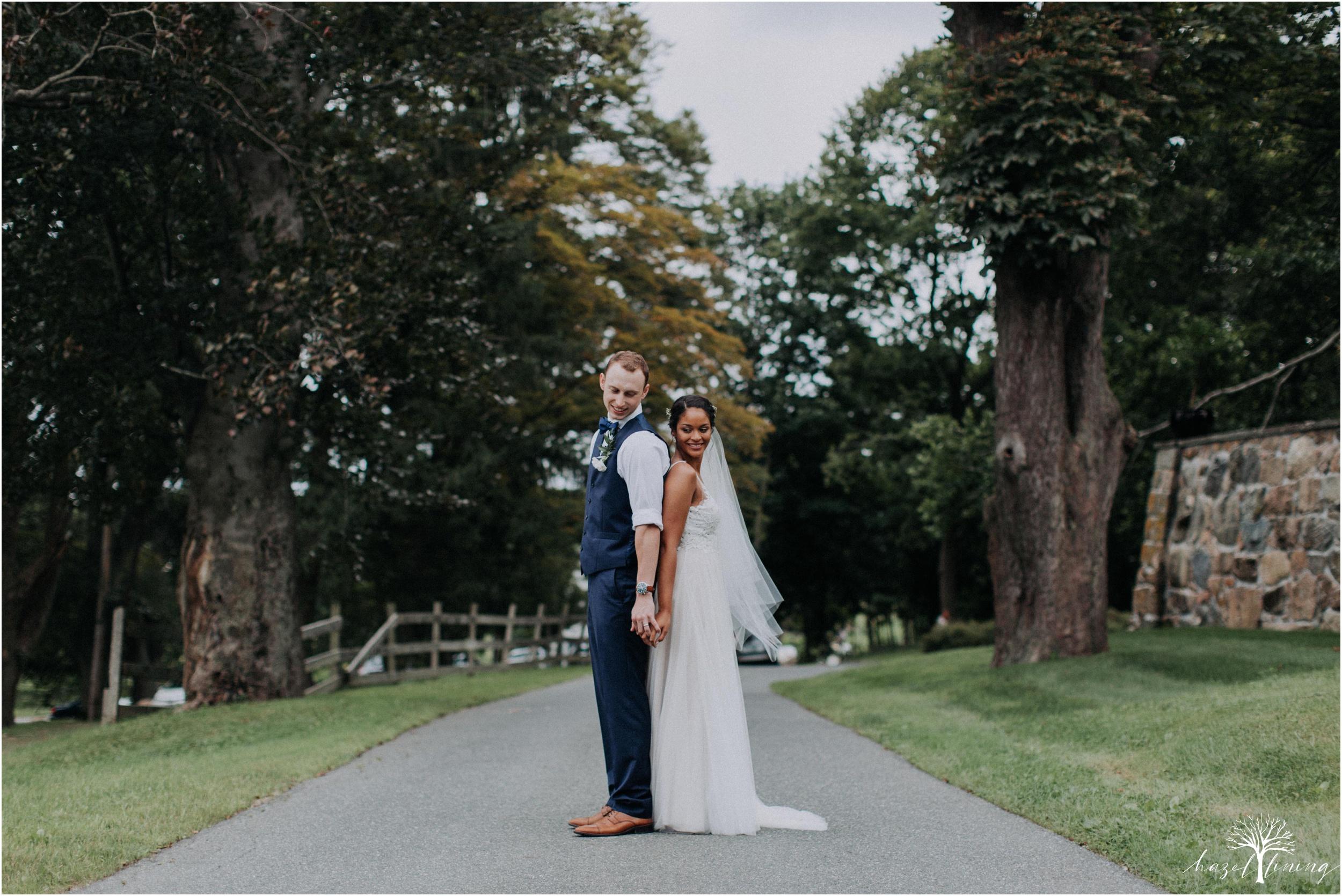mariah-kreyling-samuel-sherratt-sherrattwiththeworld-peirce-farm-at-witch-hill-boston-massachusetts-wedding-photography-hazel-lining-travel-wedding-elopement-photography_0136.jpg