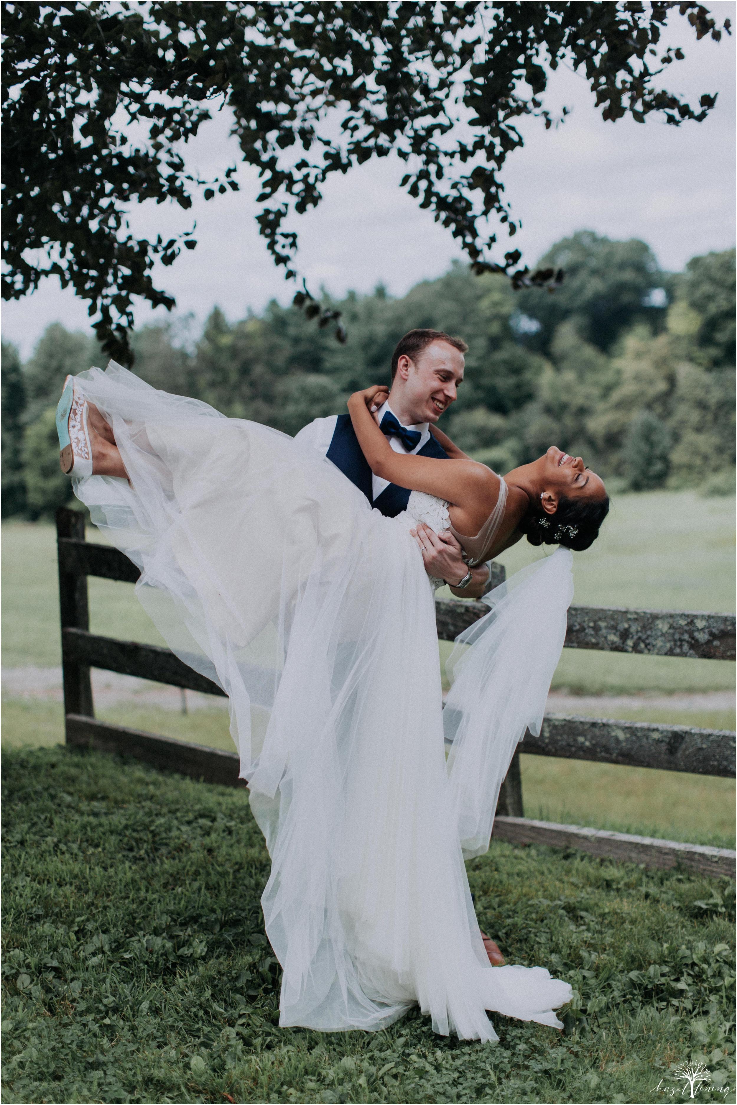 mariah-kreyling-samuel-sherratt-sherrattwiththeworld-peirce-farm-at-witch-hill-boston-massachusetts-wedding-photography-hazel-lining-travel-wedding-elopement-photography_0150.jpg