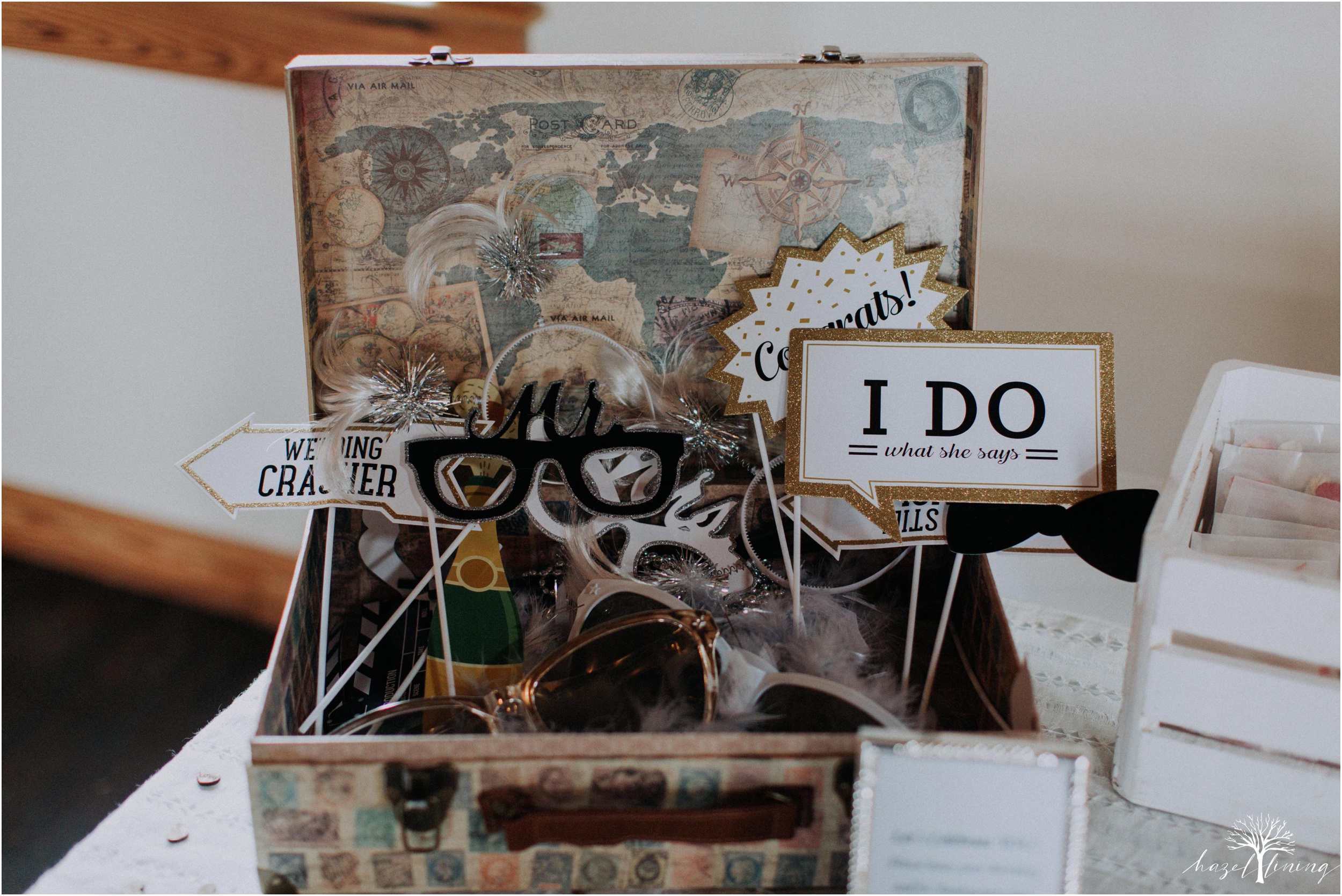 mariah-kreyling-samuel-sherratt-sherrattwiththeworld-peirce-farm-at-witch-hill-boston-massachusetts-wedding-photography-hazel-lining-travel-wedding-elopement-photography_0152.jpg