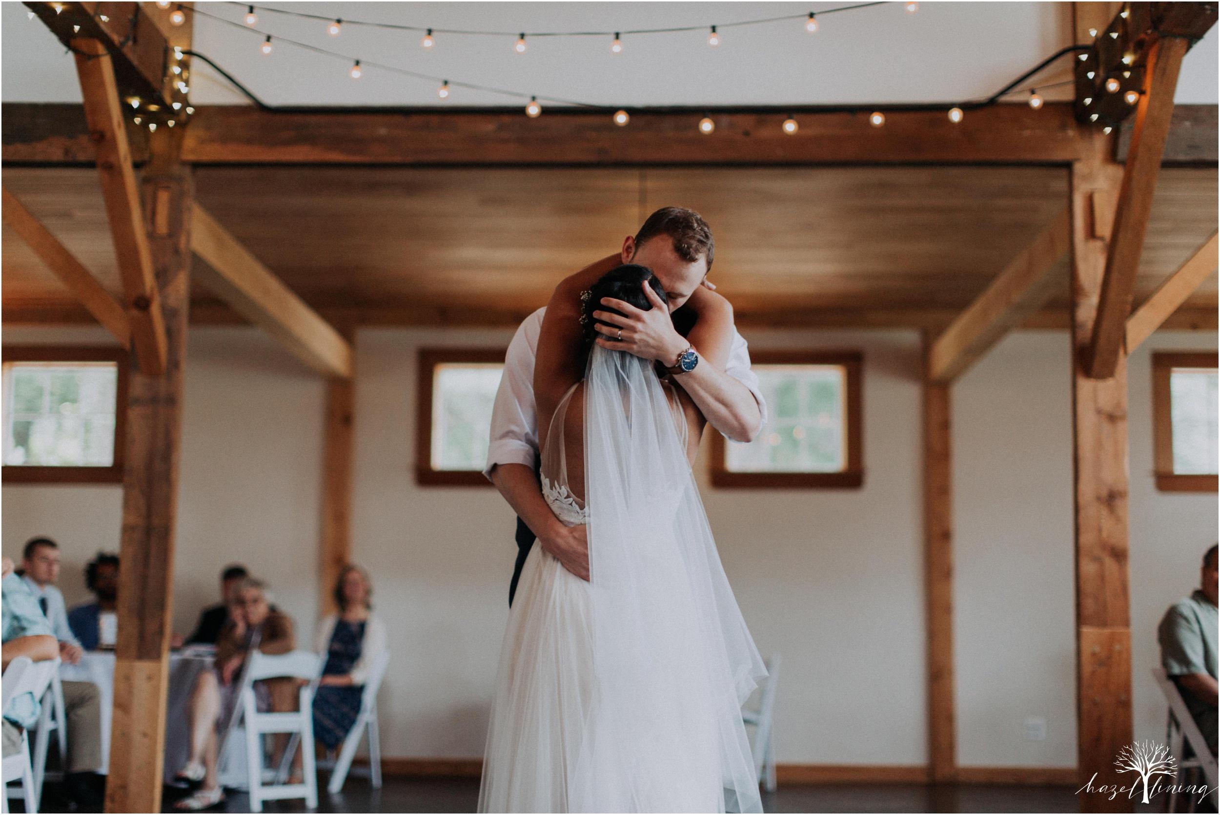mariah-kreyling-samuel-sherratt-sherrattwiththeworld-peirce-farm-at-witch-hill-boston-massachusetts-wedding-photography-hazel-lining-travel-wedding-elopement-photography_0163.jpg